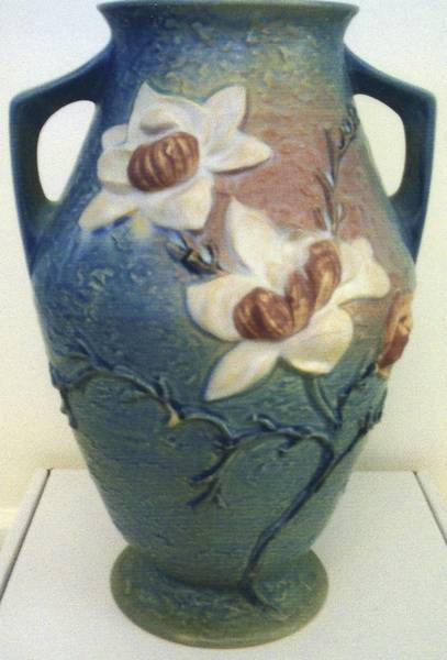 Prices On Rosevilles Pottery Have Dropped