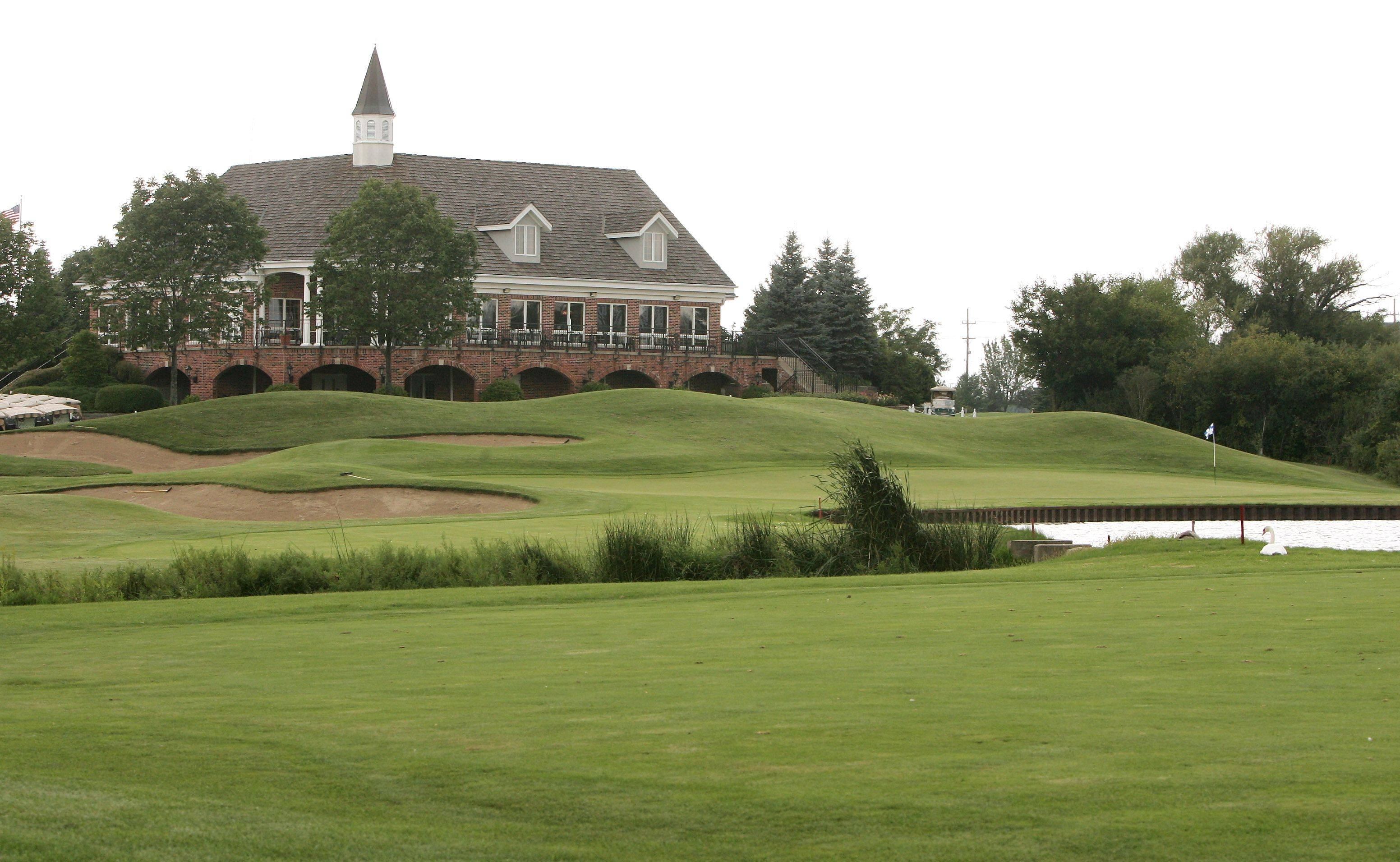The 18th hole at Steeple Chase Golf Club in Mundelein.