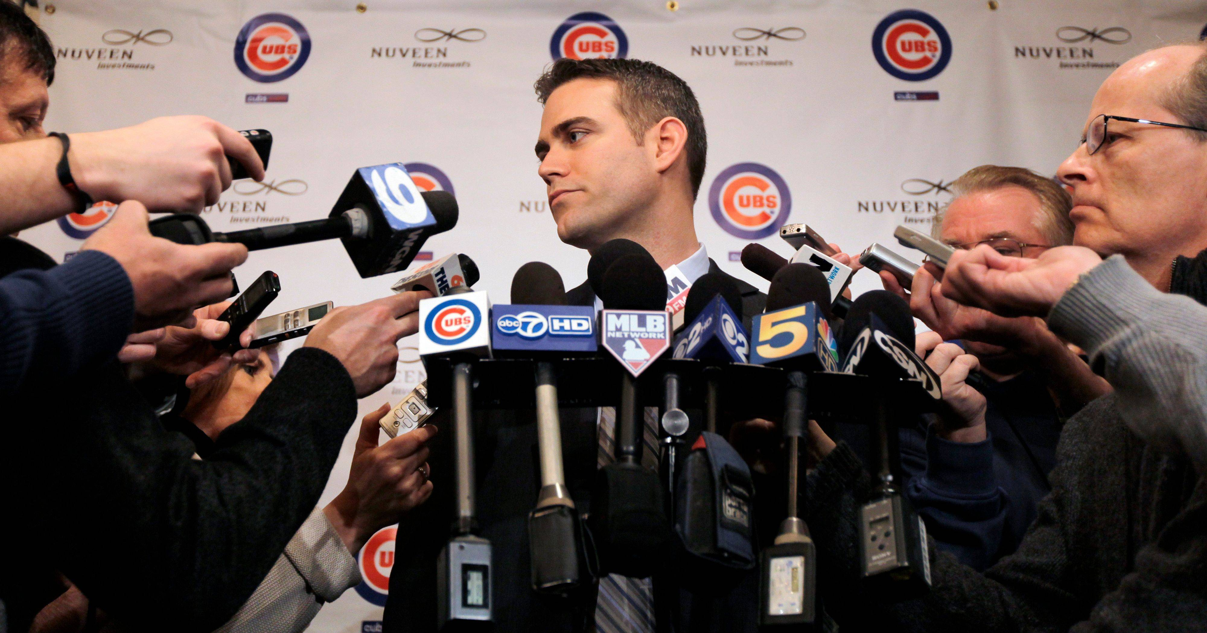 Just like Day 1 at the Cubs Convention, team President Theo Epstein received huge ovations again Saturday from fans at the Hilton Hotel in Chicago.
