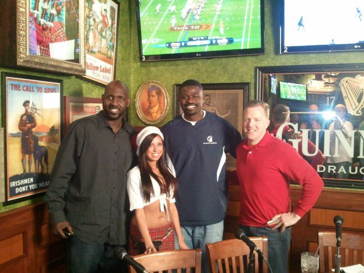 Former Bears players along with a surprise guest host sports talk radio show at local pub Tilted Kilt and mingle with the crowd.