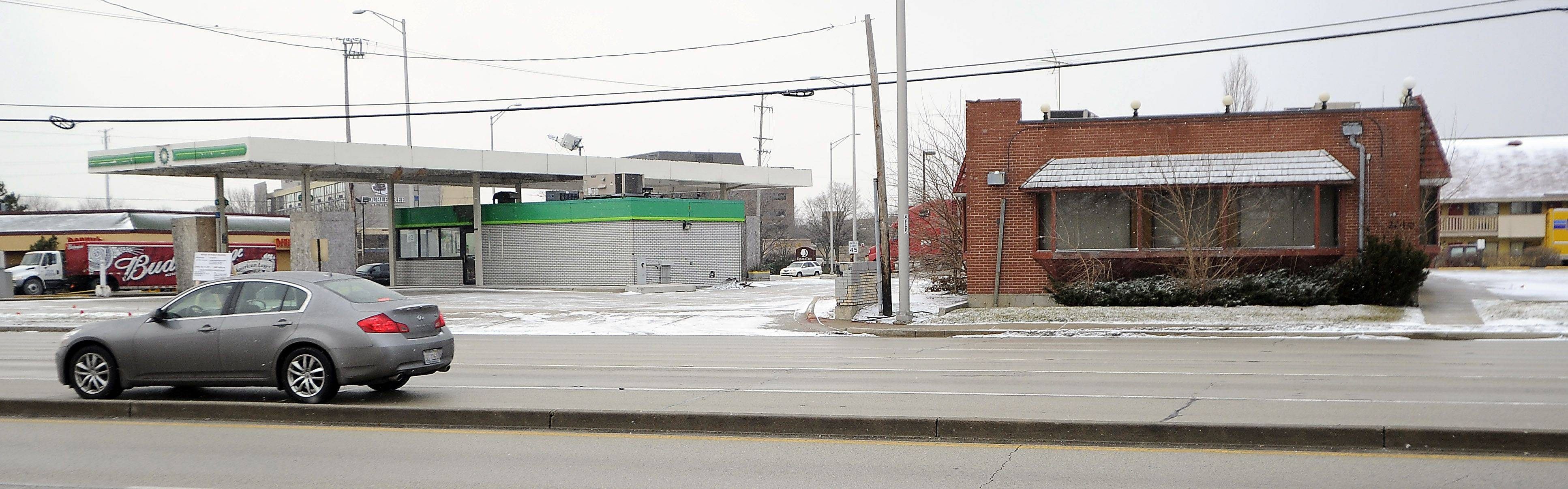 New plans were approved Tuesday for the site with a vacant BP gas station and Higgley's restaurant at the corner of Arlington Heights and Algonquin roads.