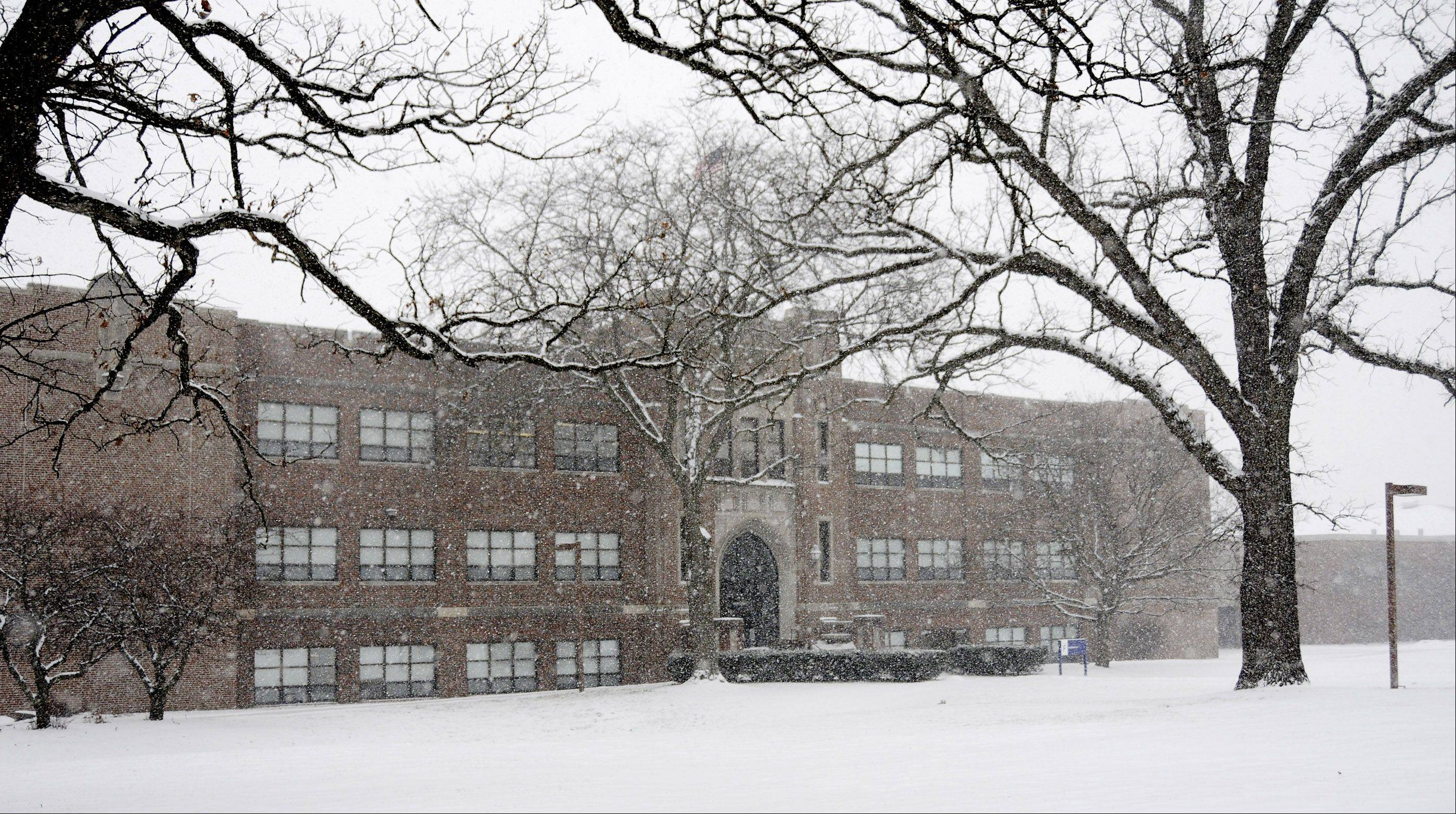 Teachers and administrators at West Chicago's Community High School will return to the bargaining table Sunday. Officials on both sides say they appear to be making progress in the contract talks that began roughly 11 months ago.