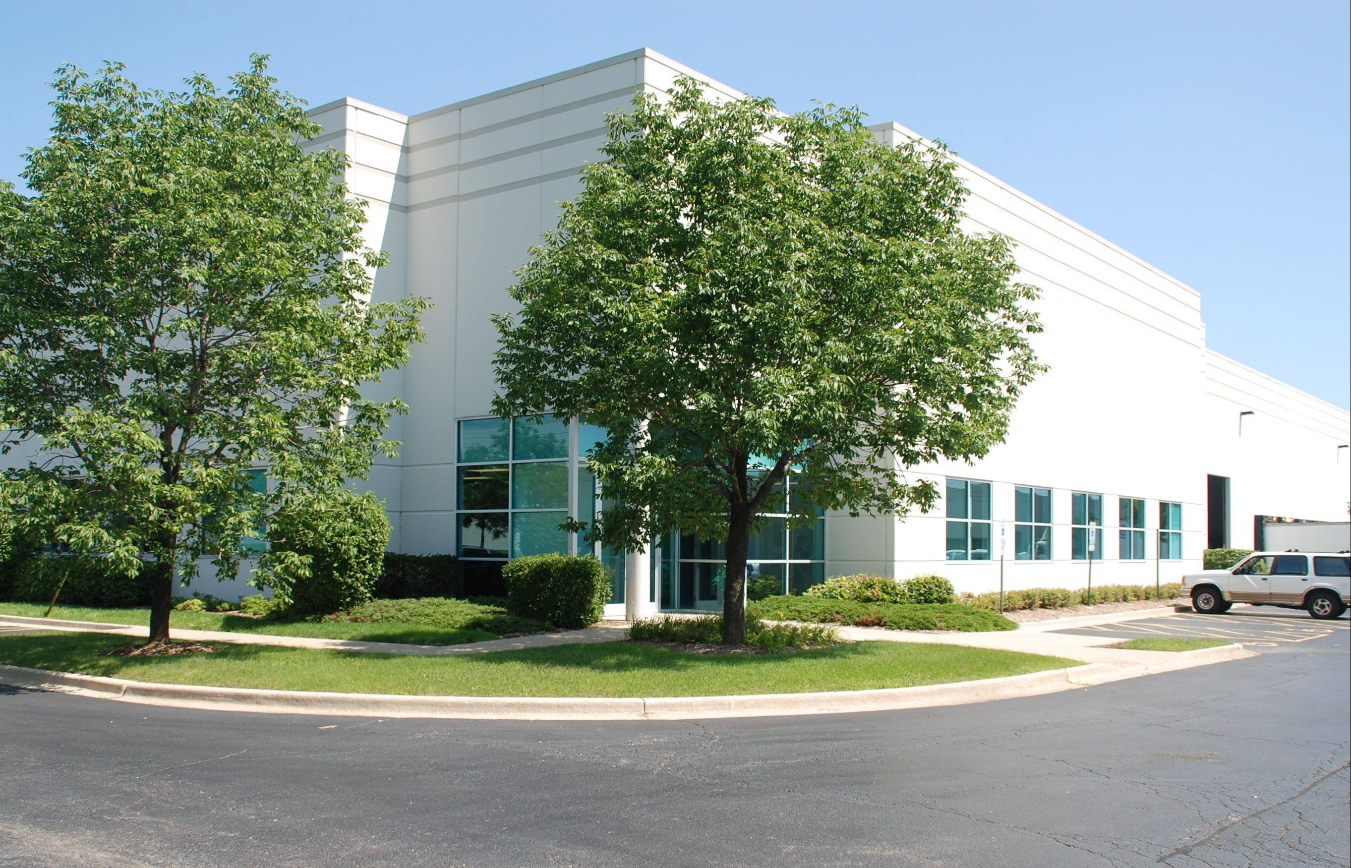 Green Oaks Business Center
