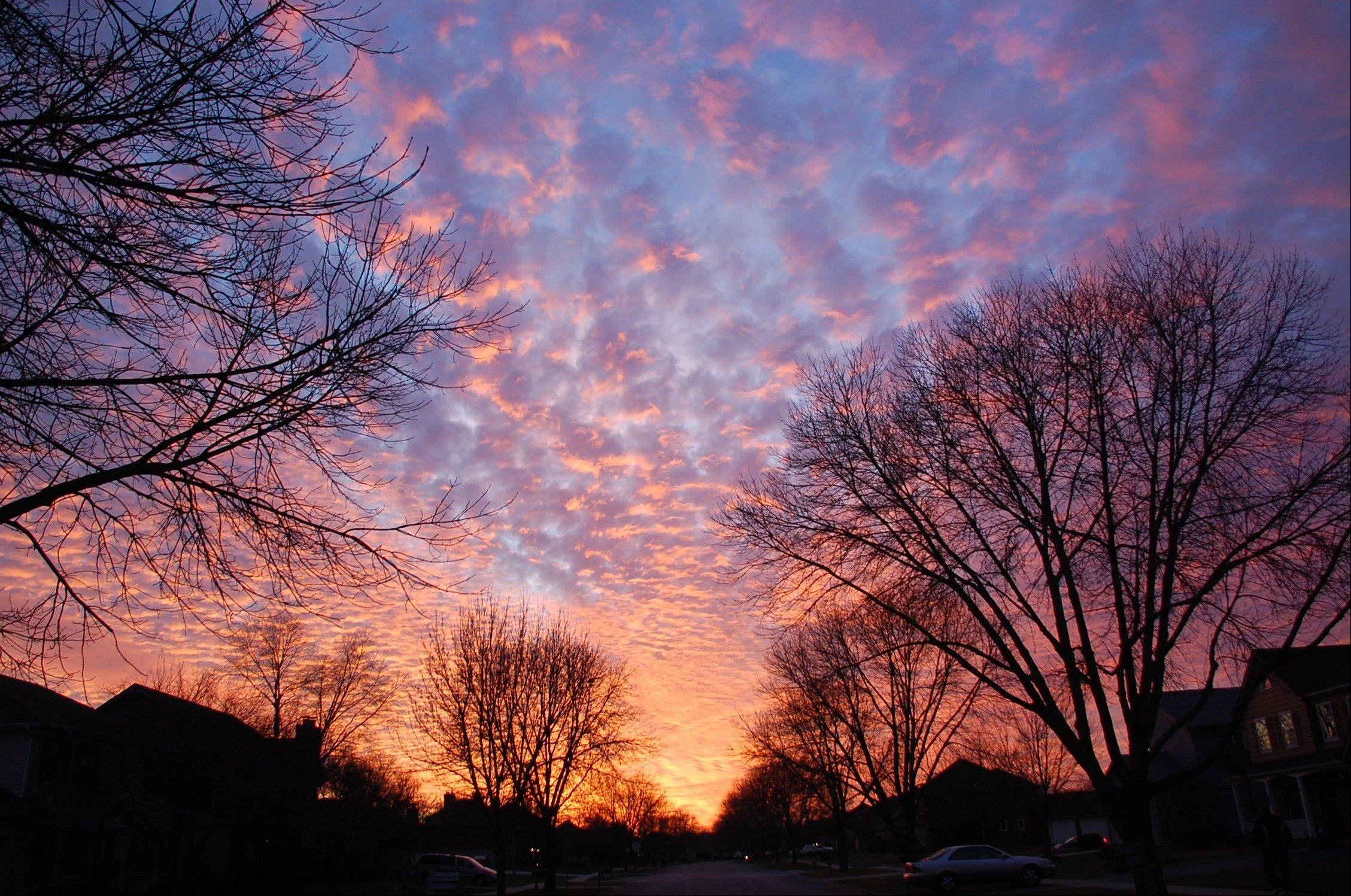 Did you happen to look out your window at 4:50 p.m. Jan. 6 and notice this fabulous sunset?
