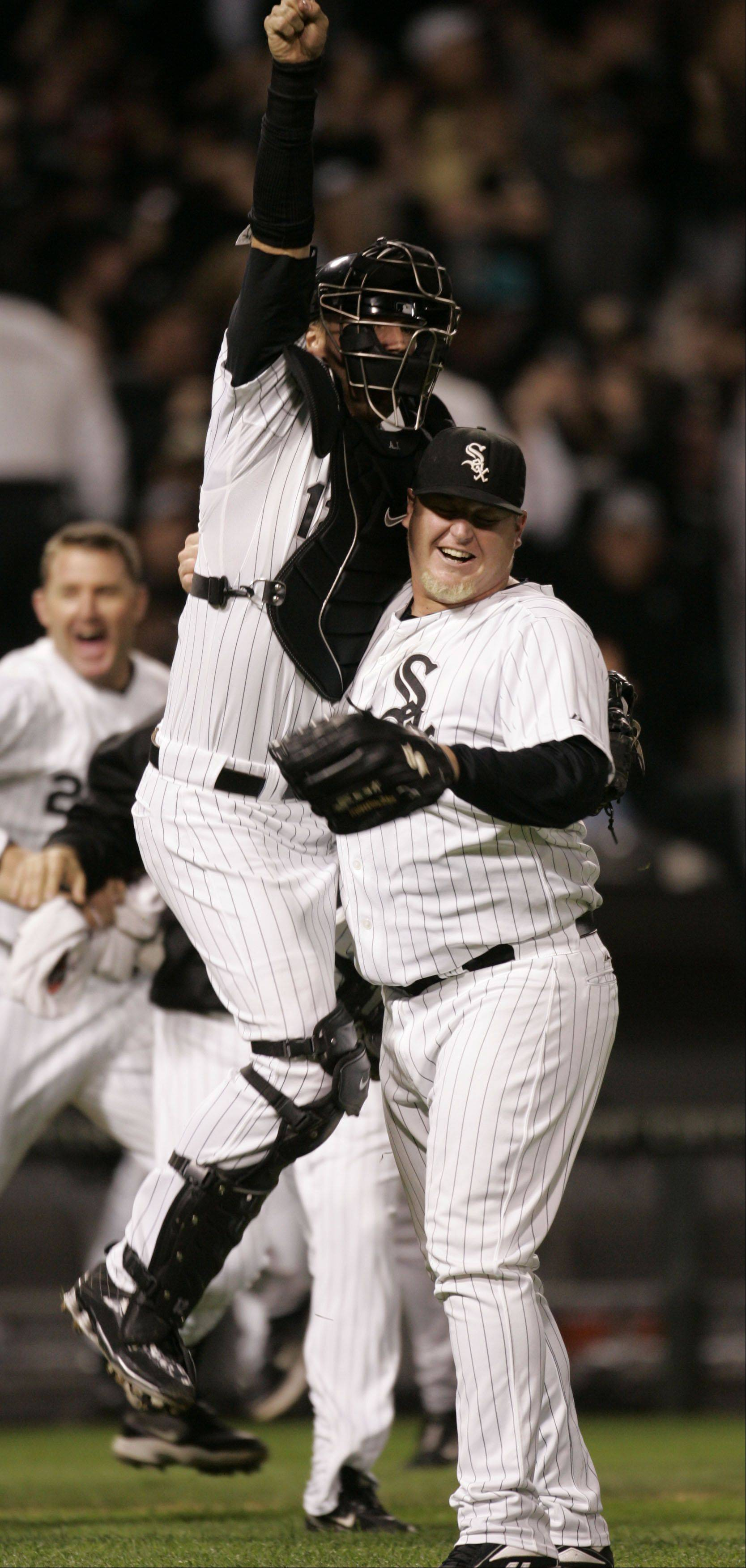 A.J Pierzynski and Bobby Jenks after the tiebreaker win over the Twins.