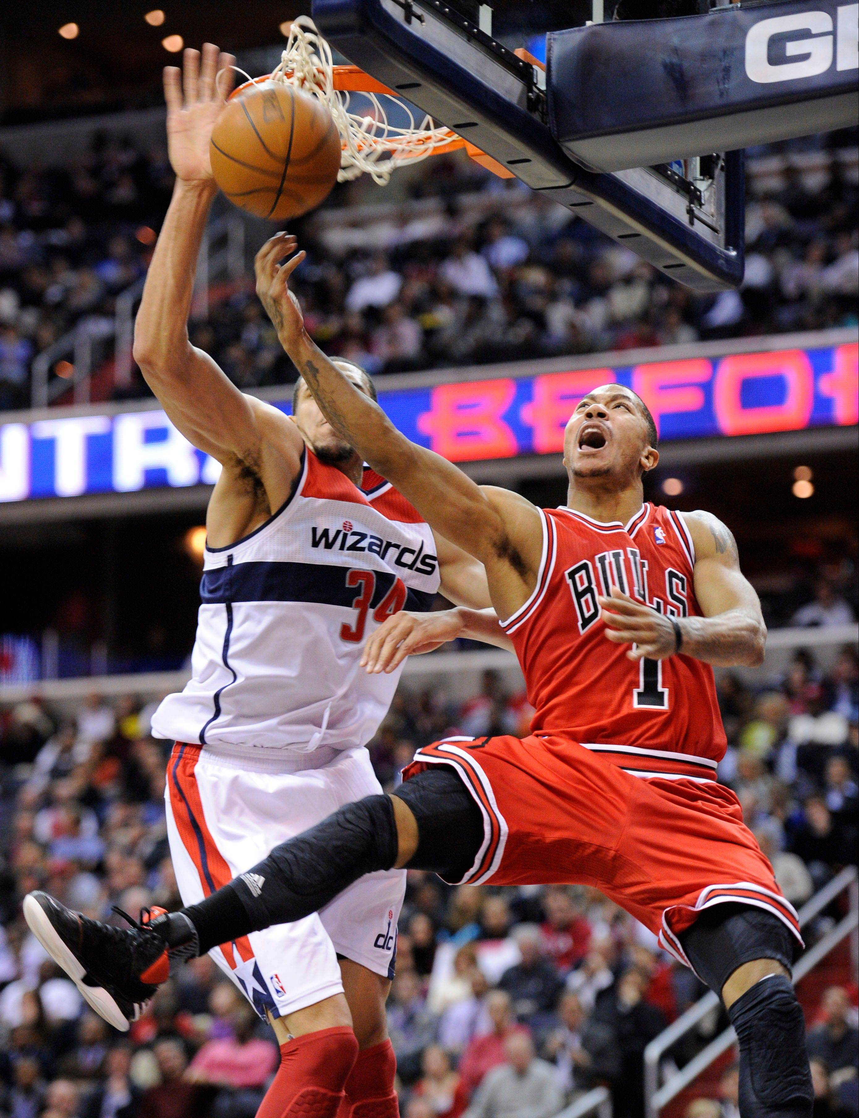 The Bulls' Derrick Rose scored 35 points and dished out 8 assists Monday night against the Wizards.