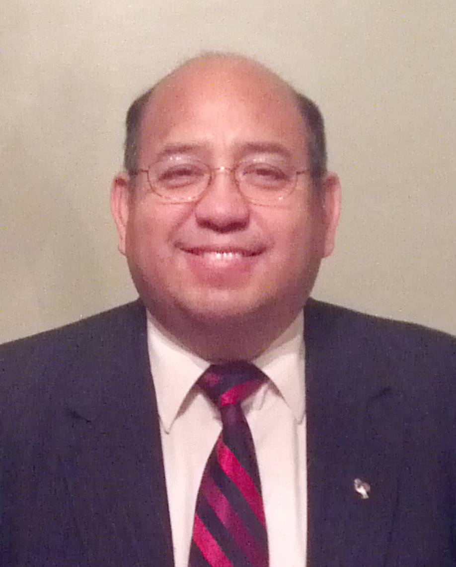 Henoch Fuentes, running for Kane County Board District 20