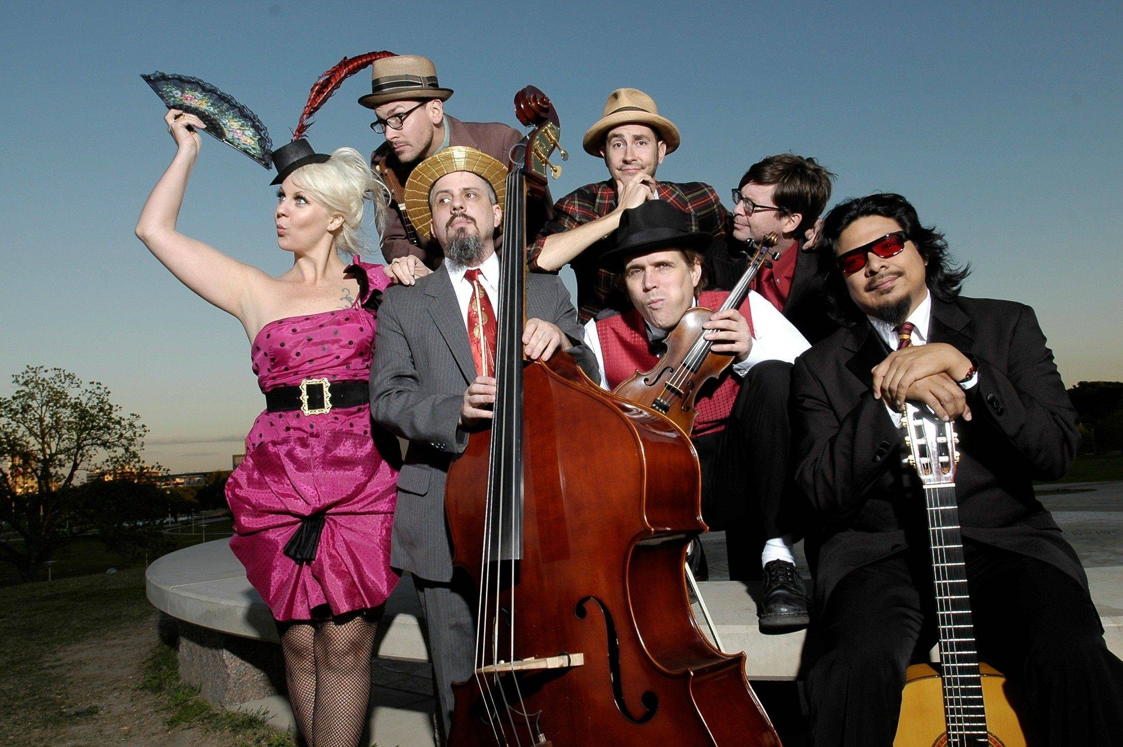 The White Ghost Shivers, an Austin, Texas band featuring string-band music of the 1920s and '30s, will recreate a 1920s nightclub atmosphere at Elgin Community College on Feb. 4-5.