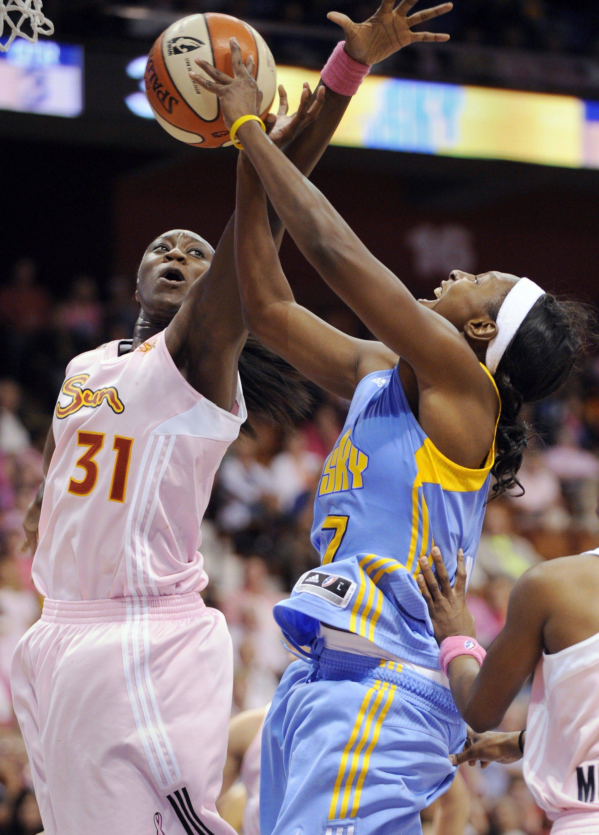 WNBA veteran guard Shay Murphy, right, has signed with the Chicago Sky for the 2012 season.