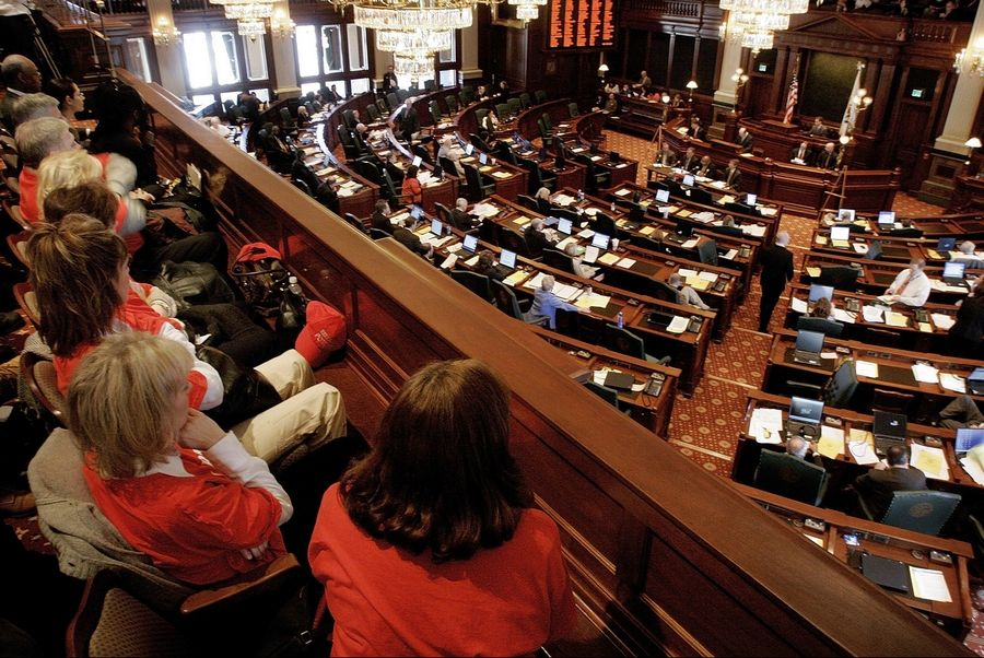 Less than 2 percent of the new laws passed last year by the Illinois General Assembly included financial reports, called fiscal notes, which indicate to legislators the cost or savings to the state taxpayers.