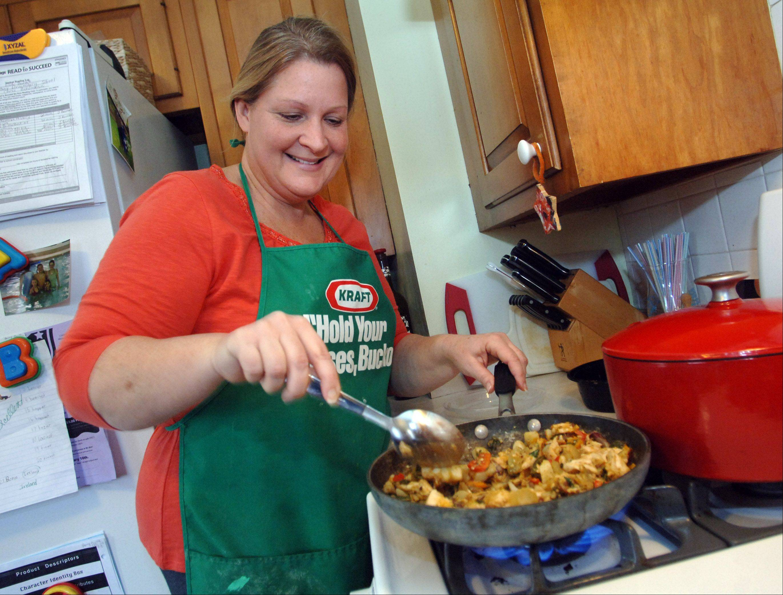 Lake Zurich mom learns cooking lessons from sister