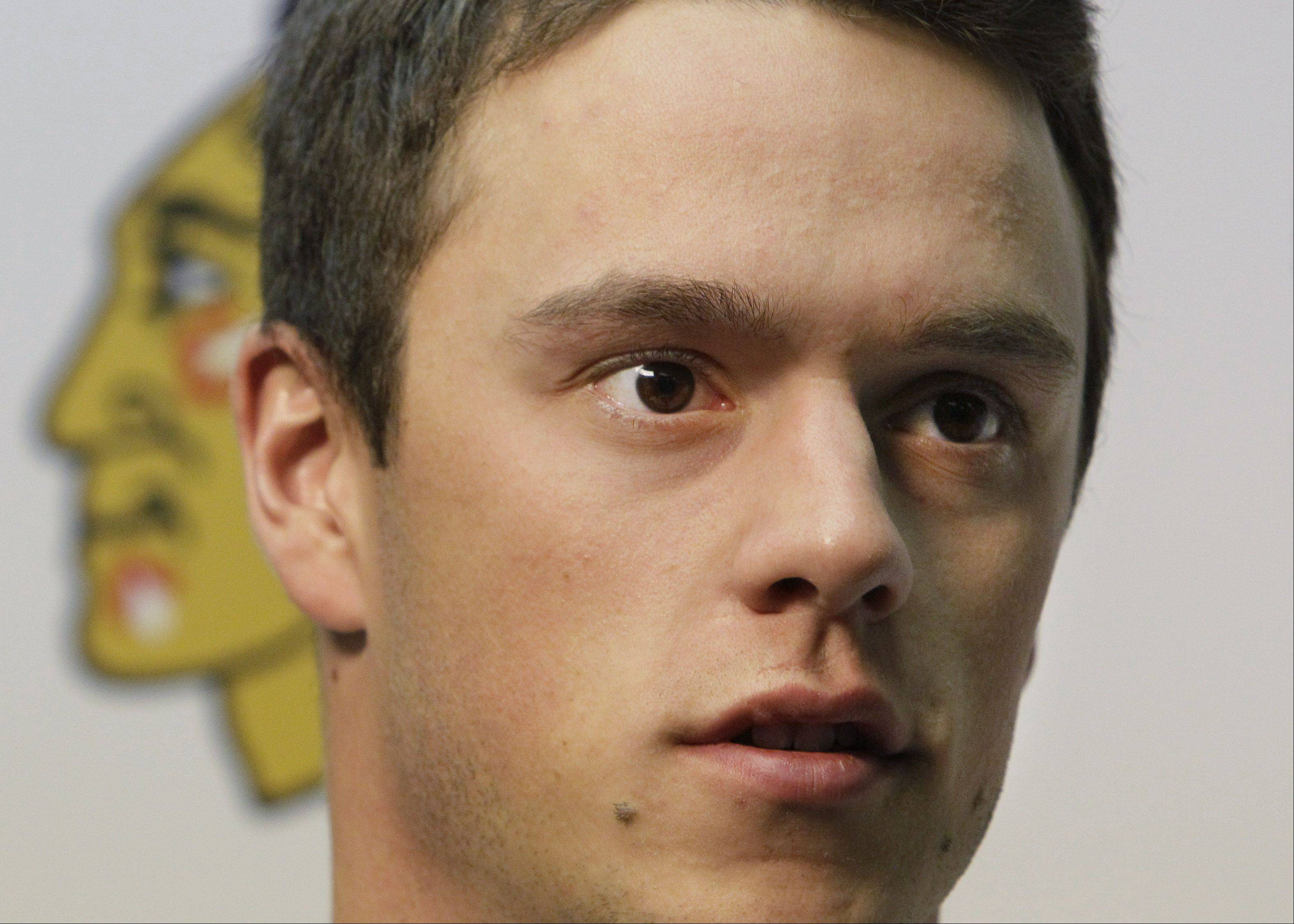 Blackhawks' Toews not hurt in one-car accident