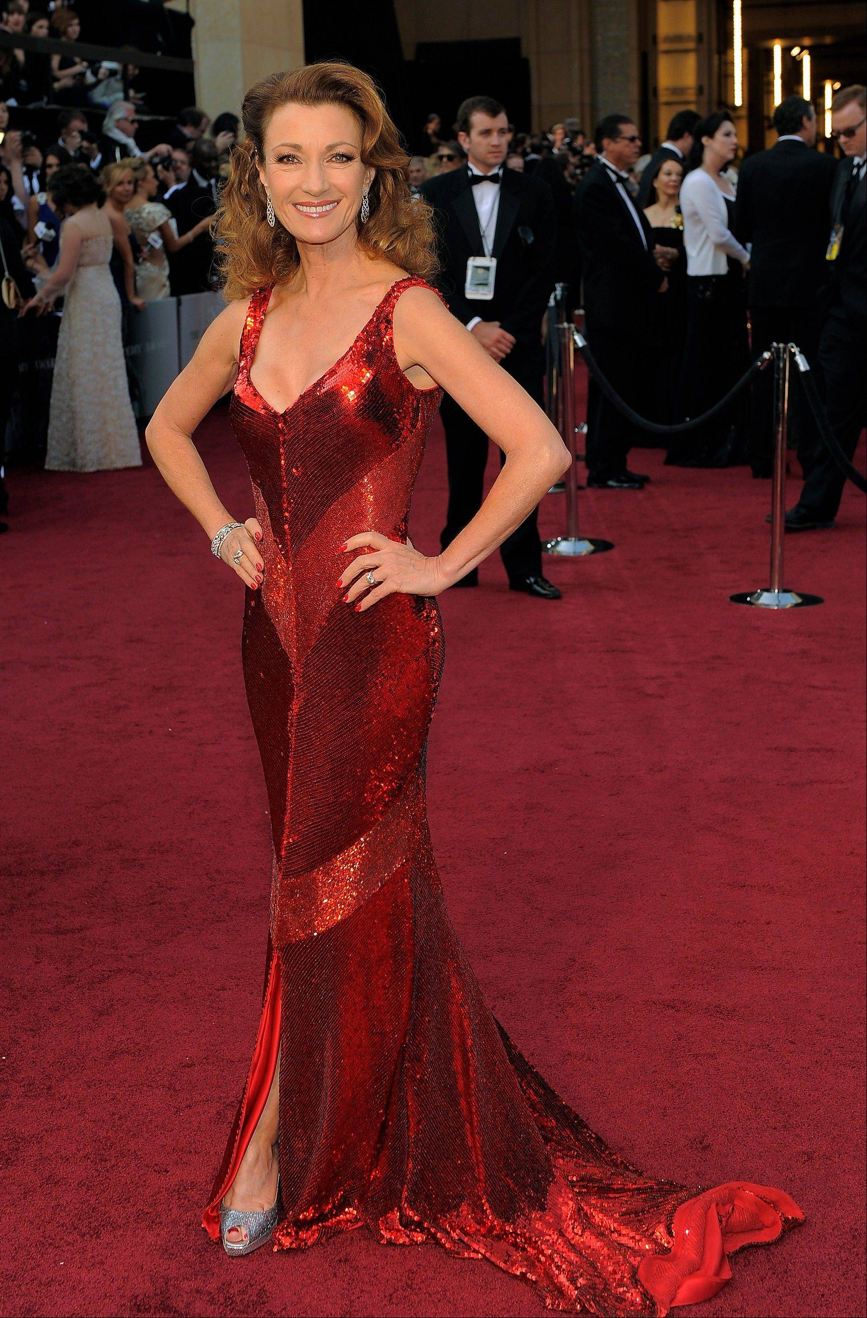 Jane Seymour dazzled in red.