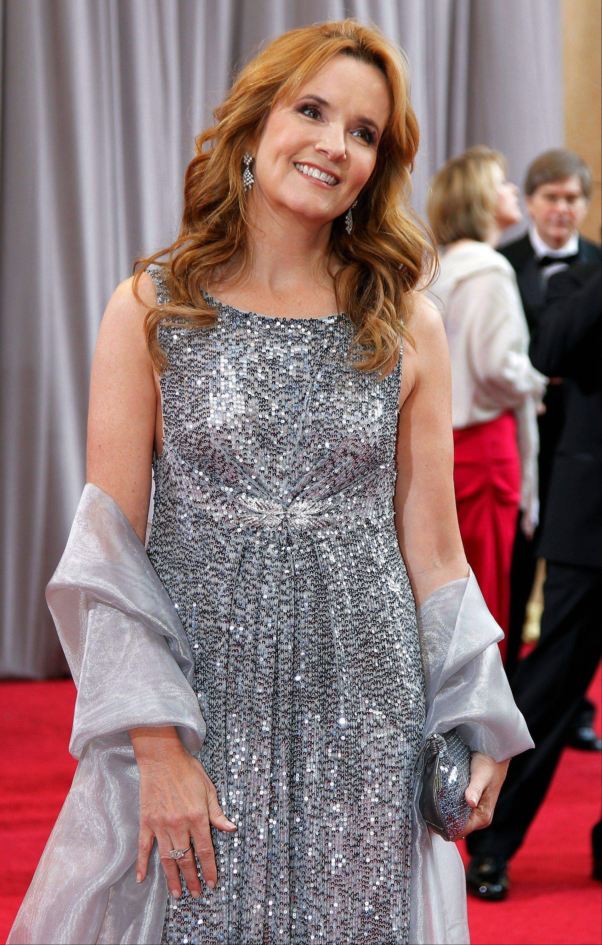 Lea Thompson shimmers on the red carpet.