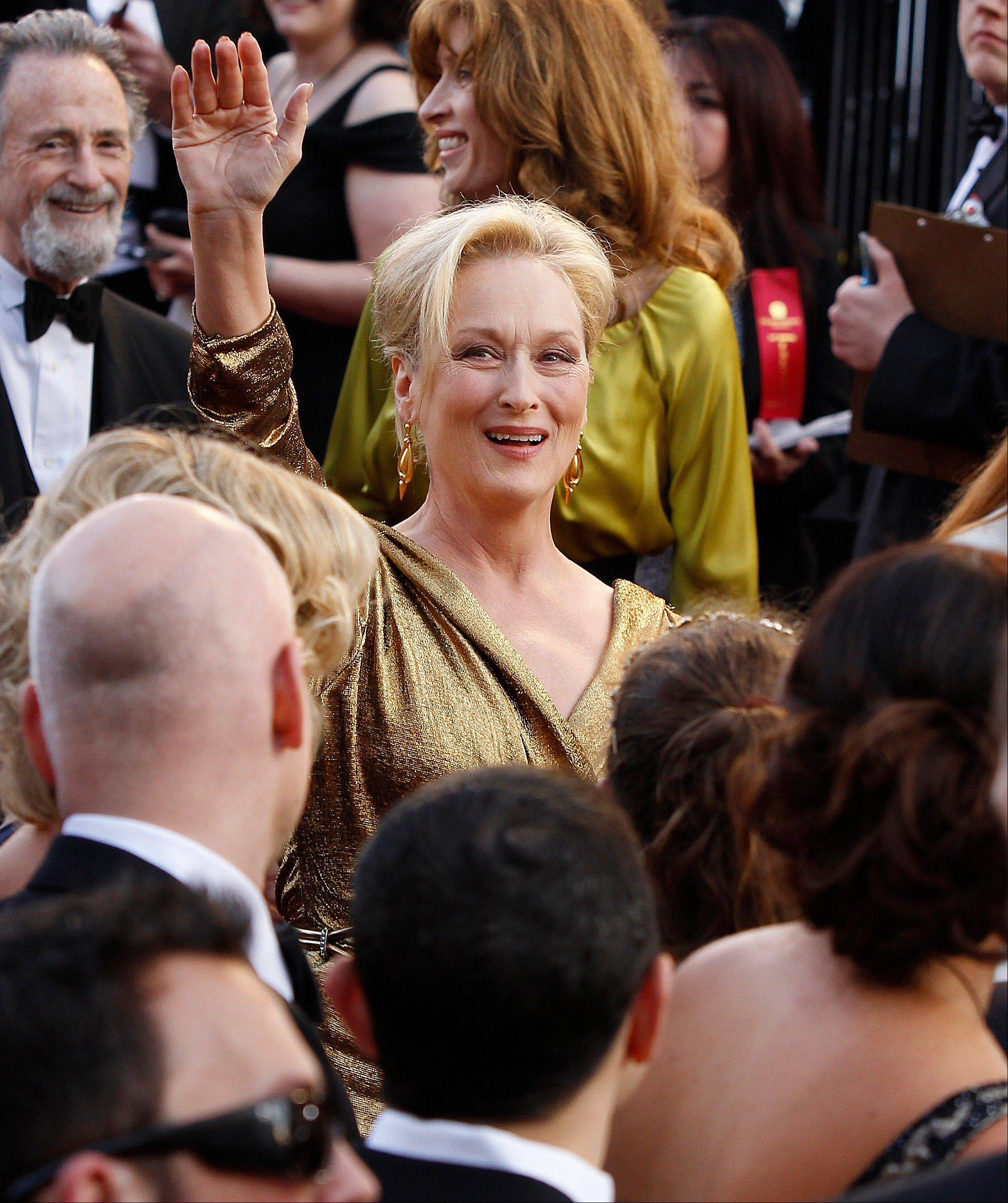 The iconic Meryl Streep arrives for the Oscars in a Lanvin gown.
