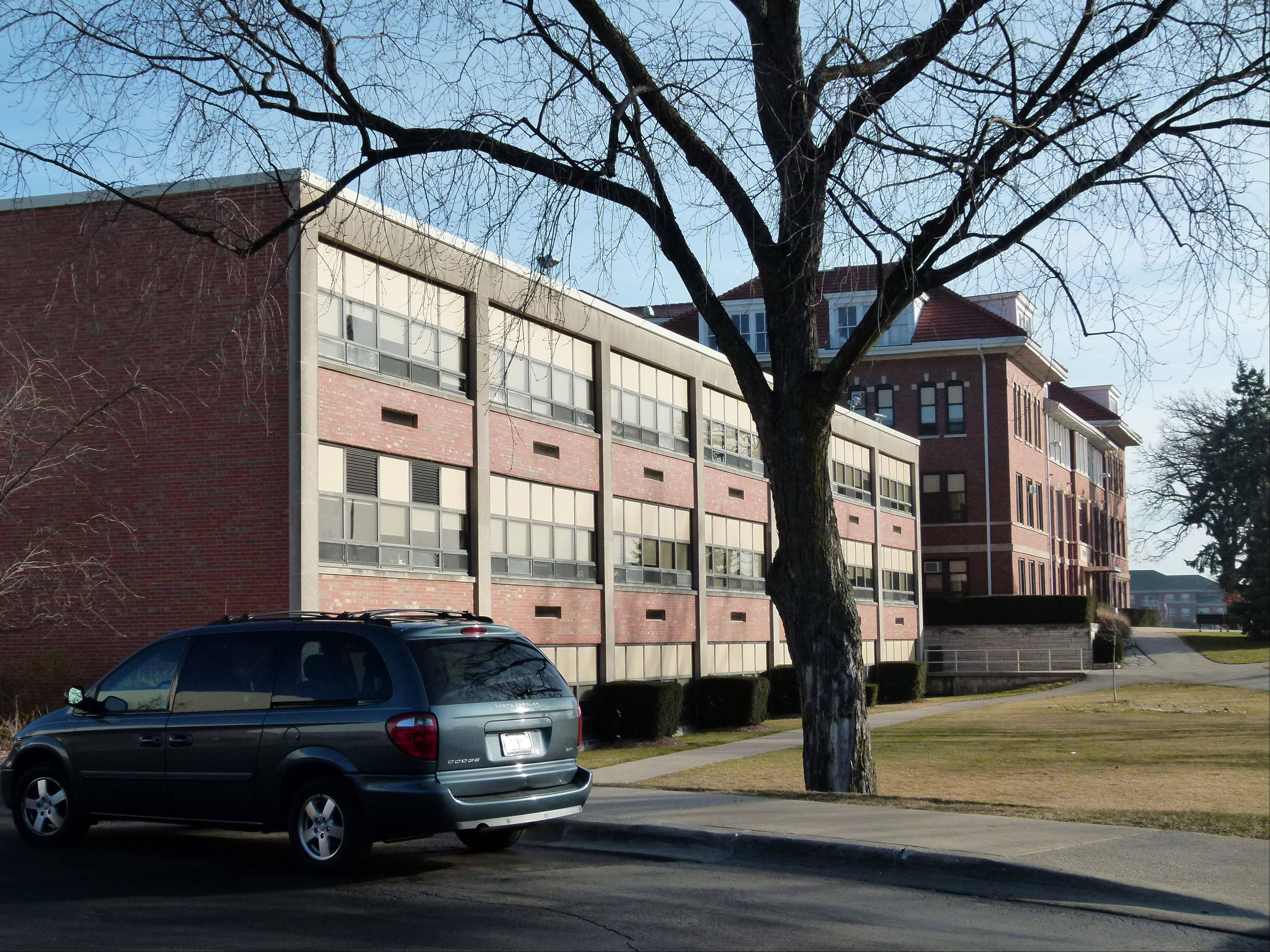 St. Martin Hall was added to Benet Academy in 1963.