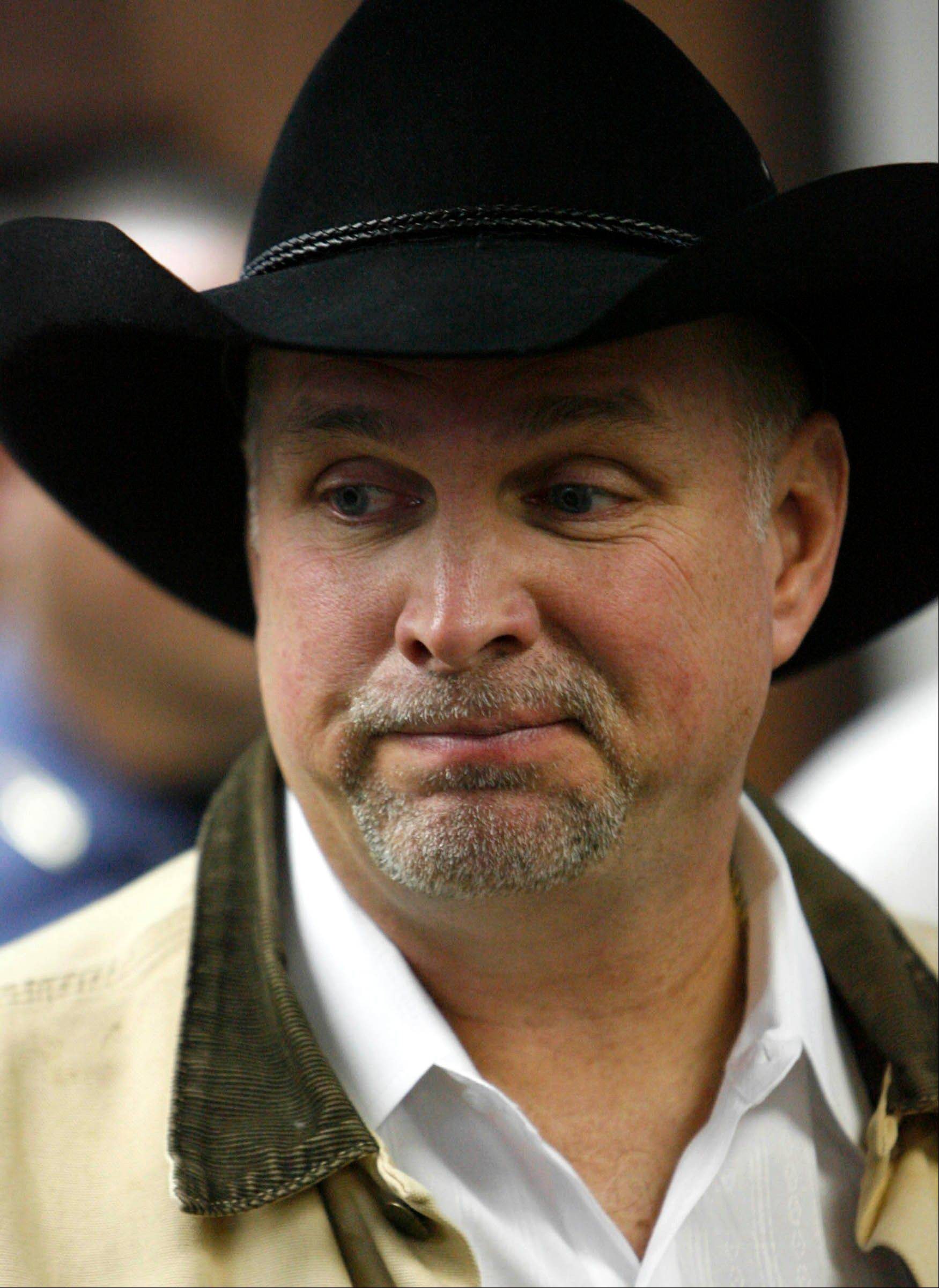 Garth Brooks gets nod for Country Music Hall of Fame