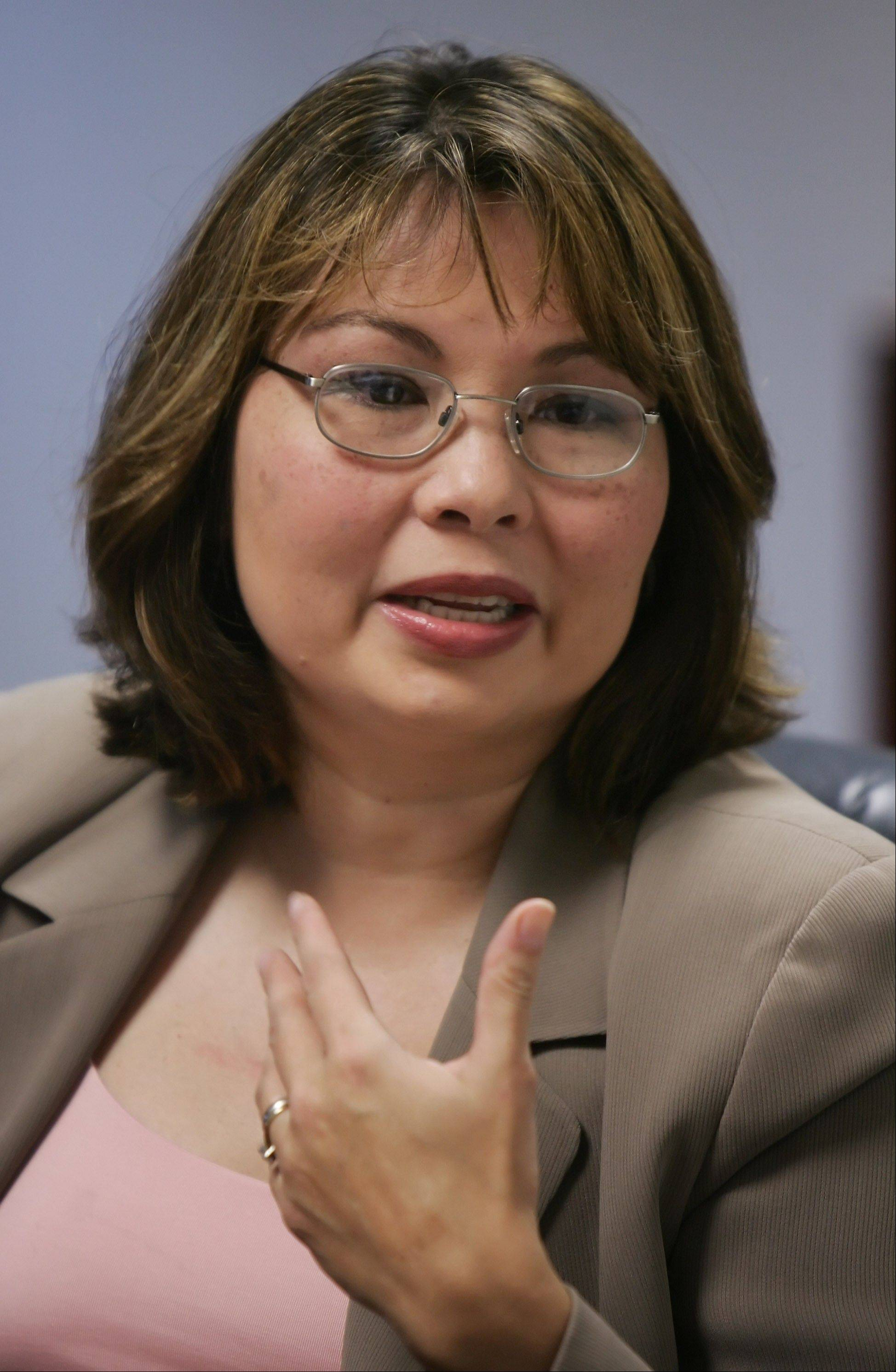Eighth Congressional District Democratic primary candidate Tammy Duckworth talks to the Daily Herald editorial board.