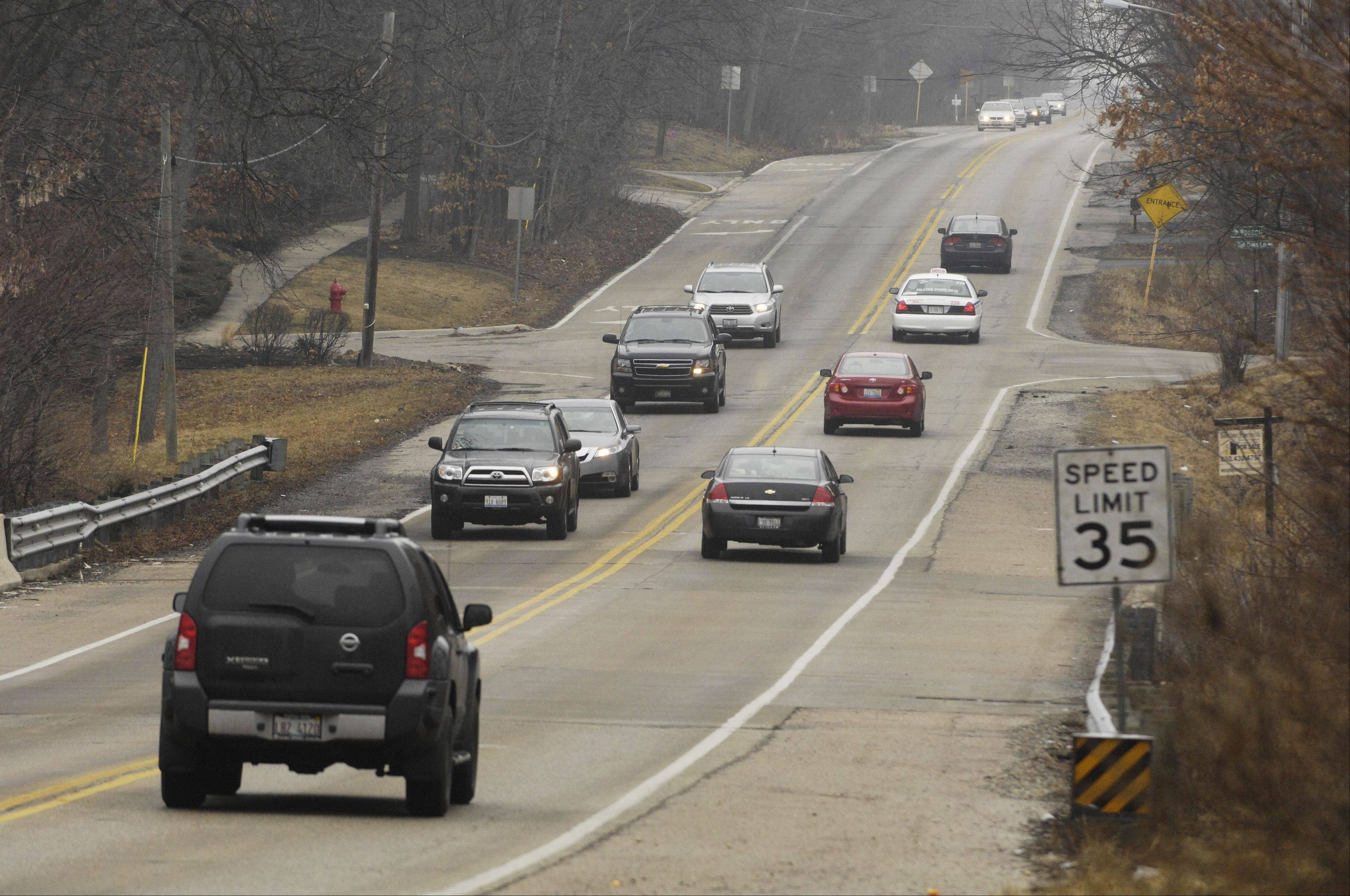 Rolling Meadows and the Illinois Department of Transportation are discussing plans for expanding Meacham Road between Emerson Avenue and Algonquin Road, but the two sides differ over how many new lanes should be added.