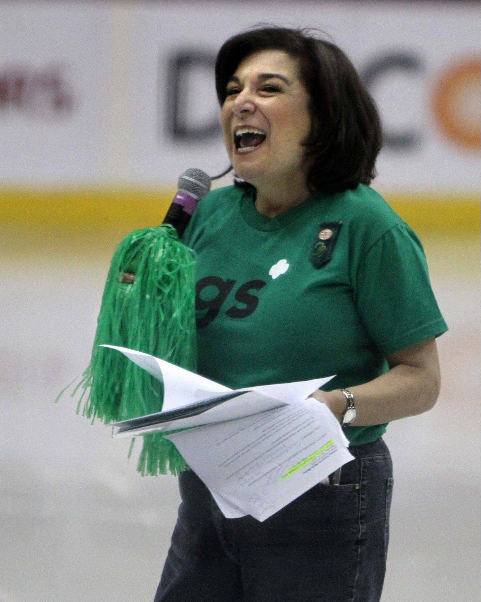 Maria Wynne, CEO of Girl Scouts of Greater Chicago and Northwest Indiana, leads a pep rally for about 6,000 Girl Scouts and their families at Allstate Arena in Rosemont in 2011.
