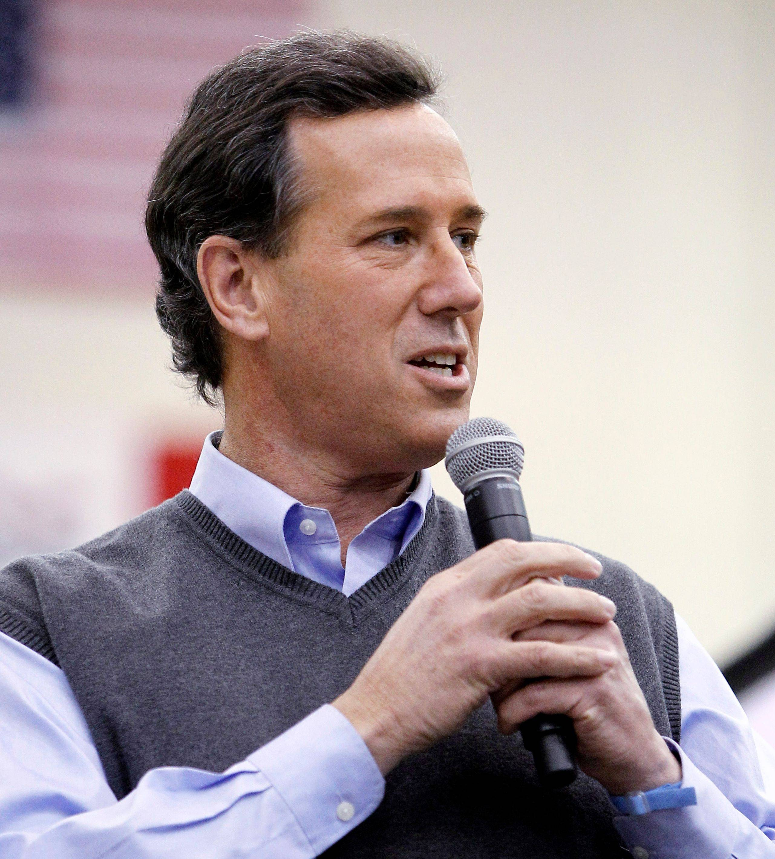 The Illinois campaign for Rick Santorum, left, knew his petitions were short of the number of signatures needed for some delegates to appear on ballots, but it struck a deal with Mitt Romney's campaign to drop all petition challenges.