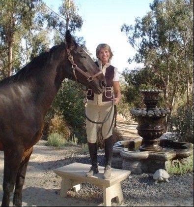 When she's not styling celebrities, Arlington Heights native Susan J. Ashbrook rides horses. She blogs for an equestrian website.