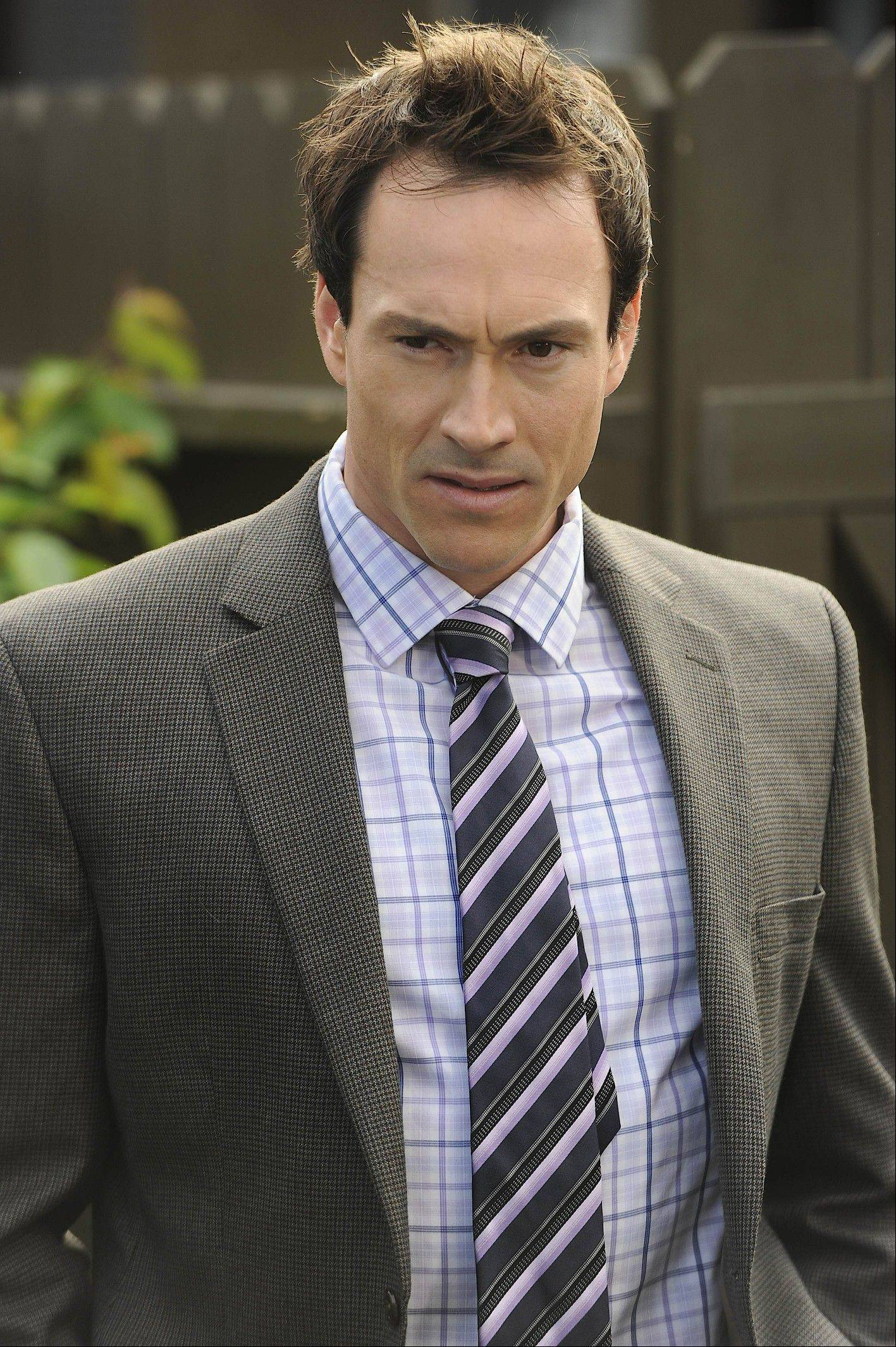 "Former suburbanite Chris Klein plays Drew in the FX series ""Wilfred."""