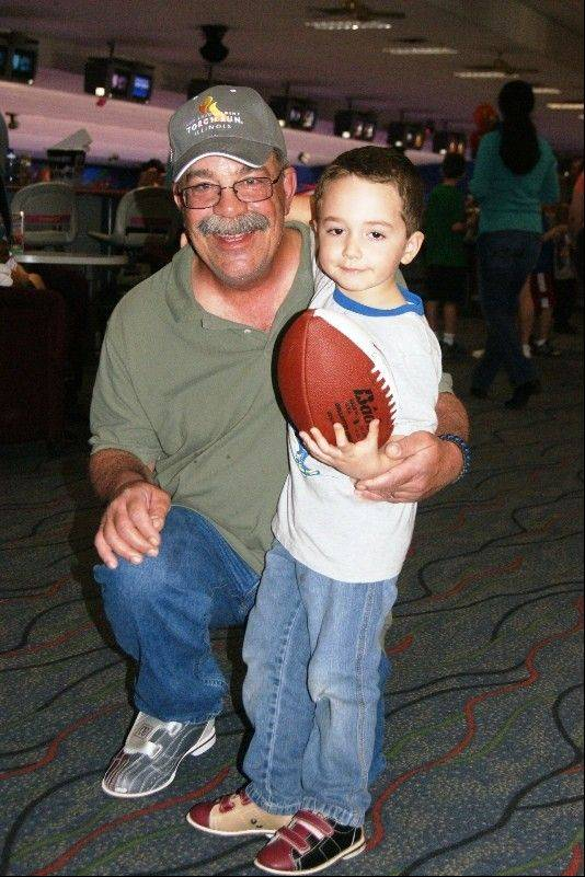 Lake County bowlers raise $1,000 for Torch Run cause