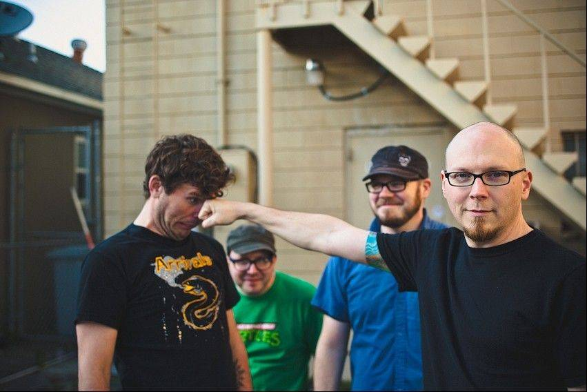 Smoking Popes' guitarist Josh Caterer of Elgin says the audience matters more to bands than the location.