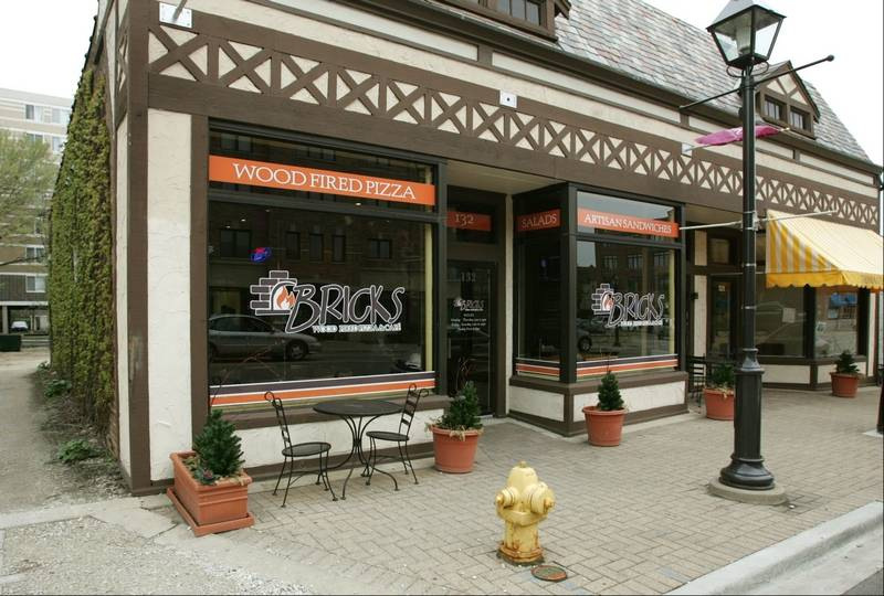 Lombard, IL Stores. About Search Results. Yorktown Shopping Ctr Lombard, IL () Department Stores Jewelers Handbags. Website. I really like shopping at this store very good merchandise selection and also the free online shipping and .