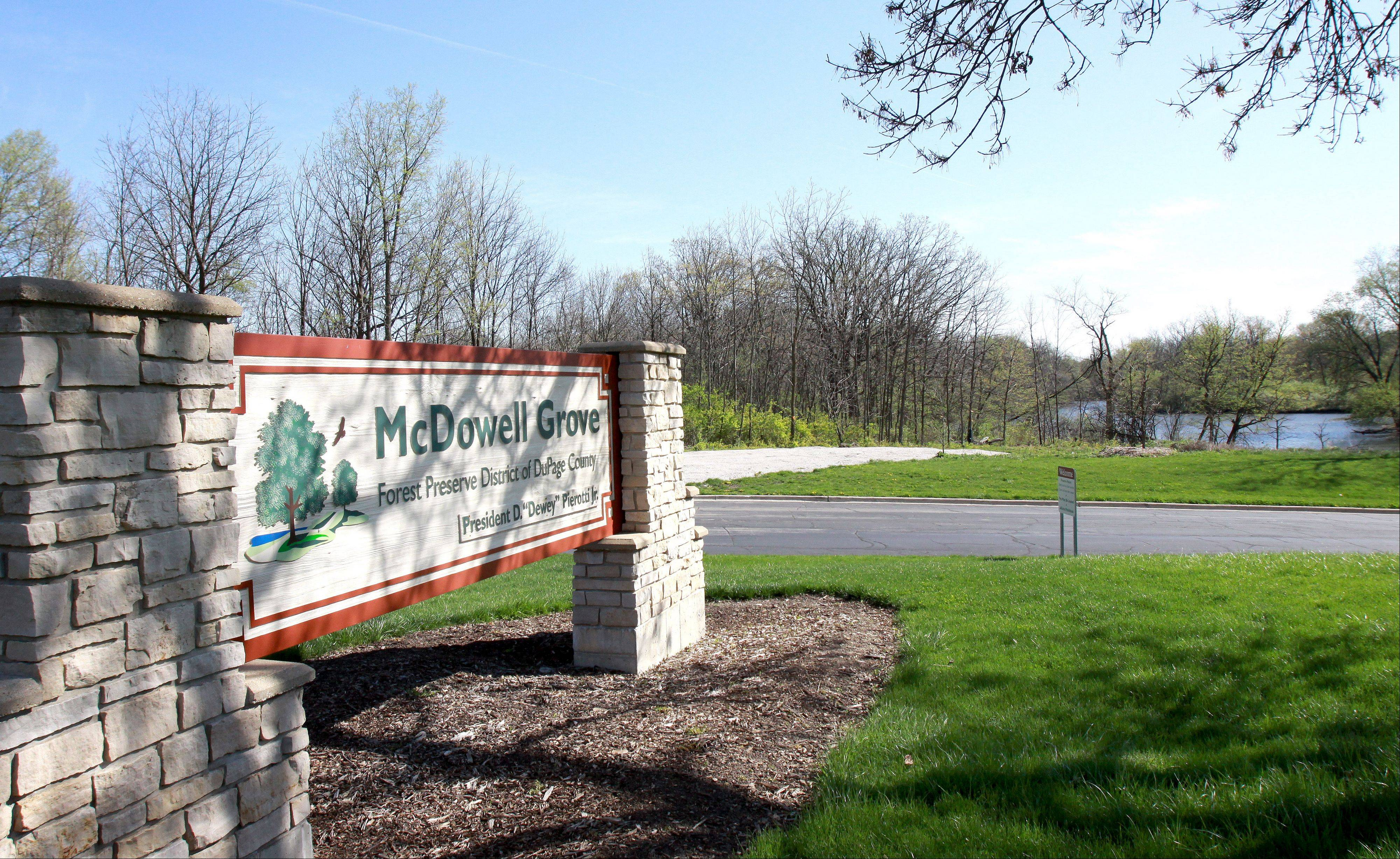 Crews will begin work on a $20 million project today to remove radioactive deposits along the West Branch of the DuPage River at McDowell Grove Forest Preserve near Naperville.