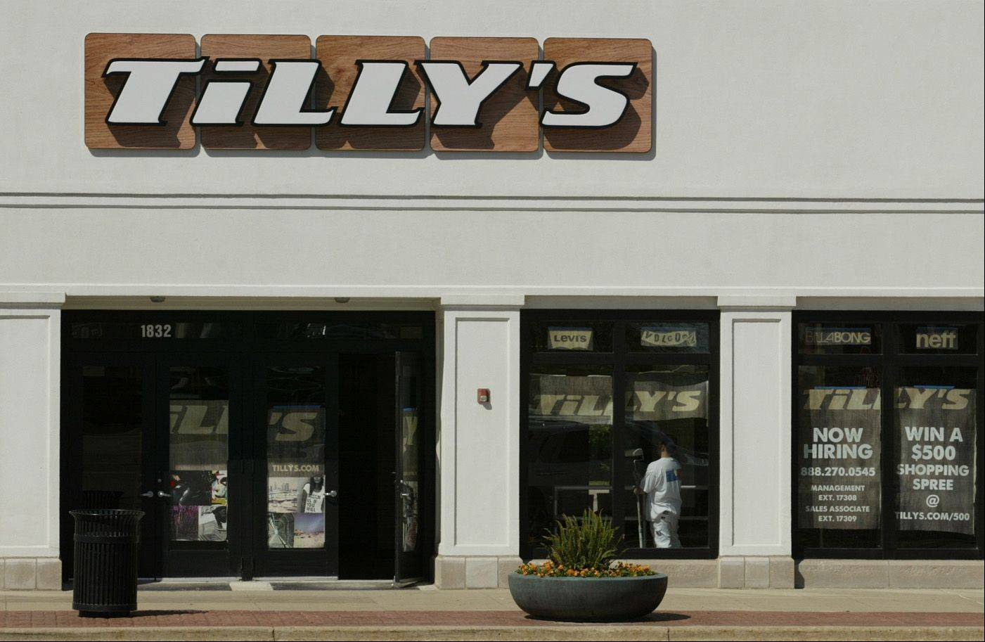 Tilly's will open this spring at Algonquin Commons. The store carries men's and women's skate, surf and motocross fashions.