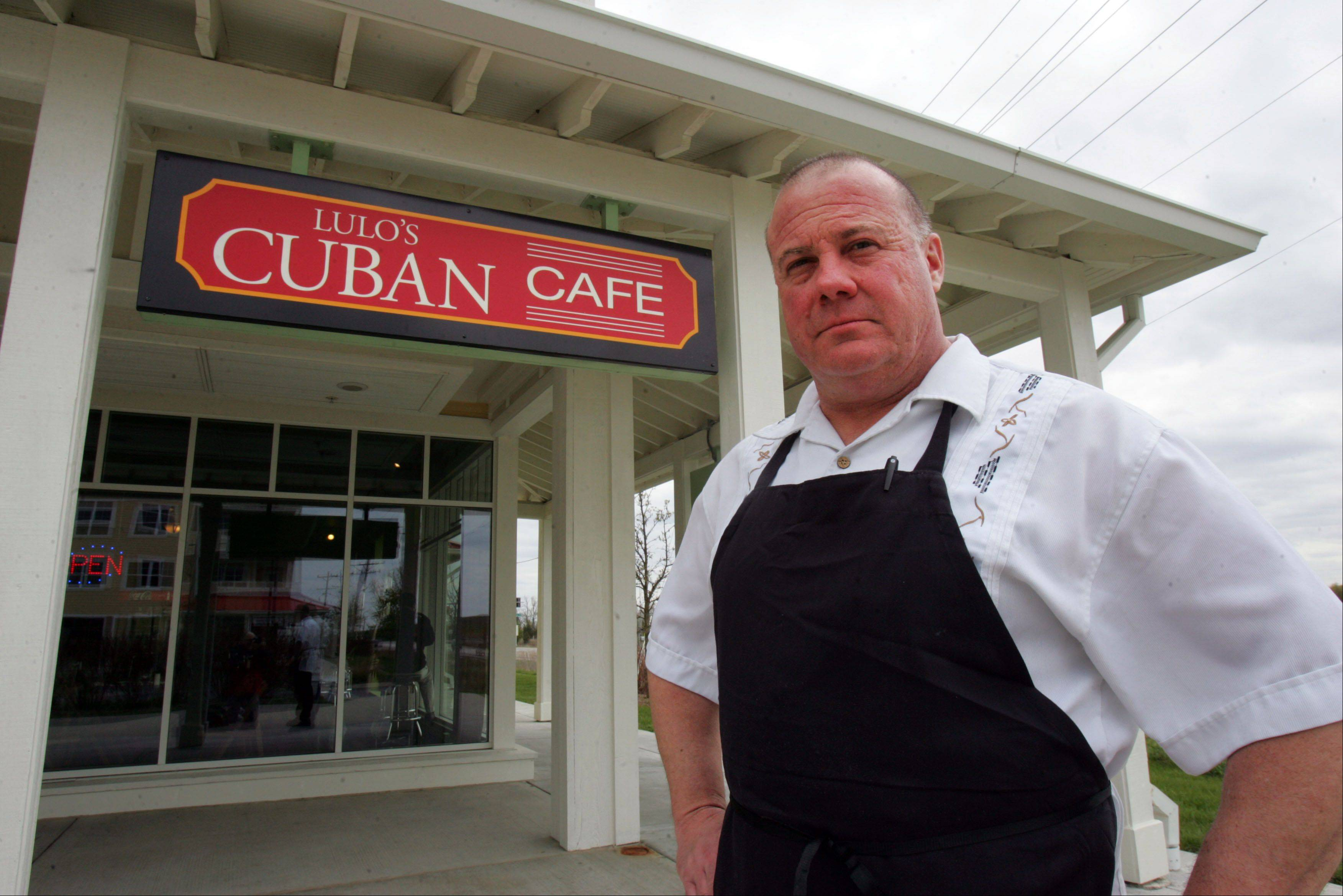 Rick Felipez, co-owner of Lulo's Cuban Cafe in Grayslake, is one of several suburban Cuban-Americans who believe former White Sox manager Ozzie Guillen was properly punished by his new team for praising Cuban dictator Fidel Castro.