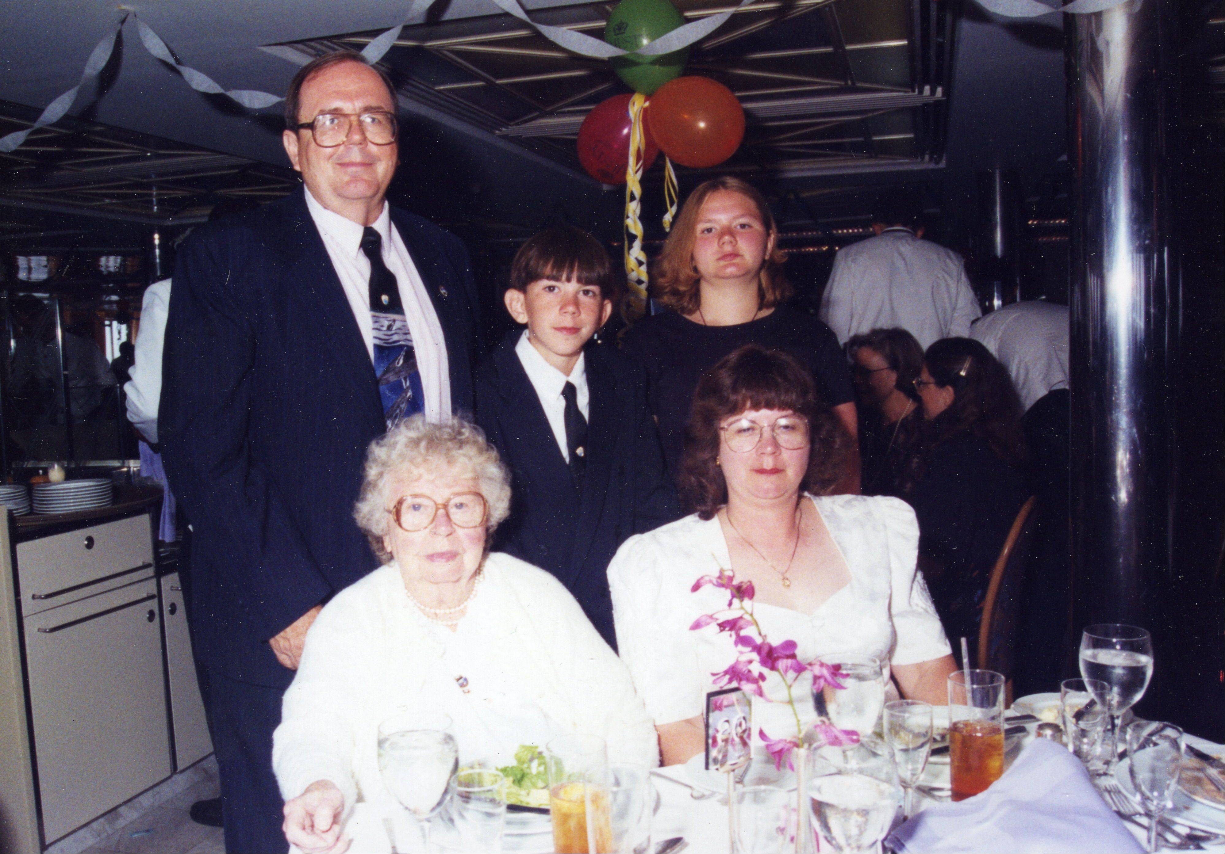 The Shuman family -- Earl, Robert, Melissa, Debra and Eleanor -- were on board the Royal Majesty cruise ship in August 1996 when it brought Titanic survivors to the site of its 1912 sinking.