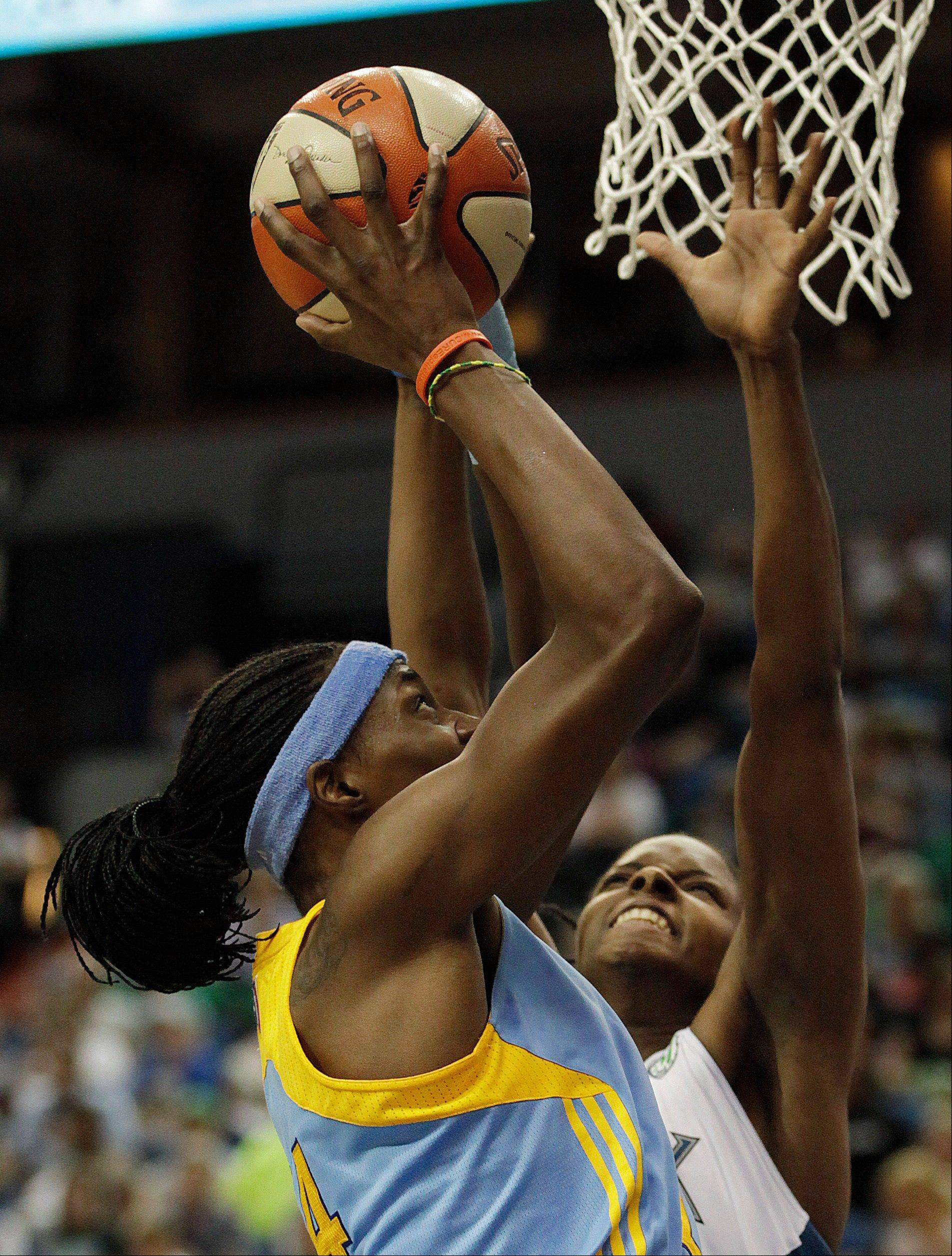 Chicago Sky center Sylvia Fowles has signed a multiyear deal to stay with the franchise. The Sky drafted Fowles in 2008 with the No. 2 overall pick, and last season she averaged 20 points and 10 rebounds per game.