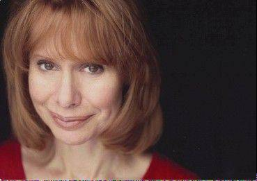 "Barbara Robertson teams up with Chicago A Cappella for the concert ""All About the Women"" in Chicago and Naperville."