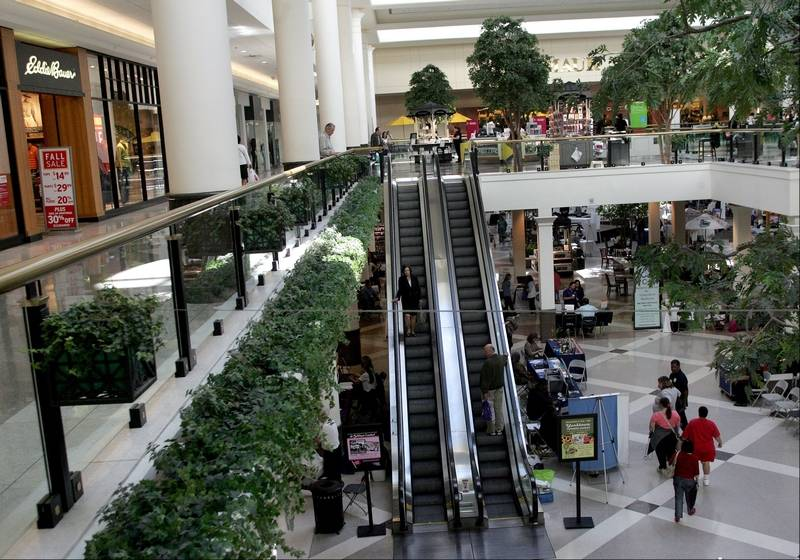 Yorktown Center is located in Lombard, Illinois and offers stores - Scroll down for Yorktown Center shopping information: store list (directory), locations, mall hours, contact and address. Address and locations: Yorktown Center, Lombard, Illinois - IL /5(2).