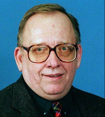 Columnist Bill Granger, 1997