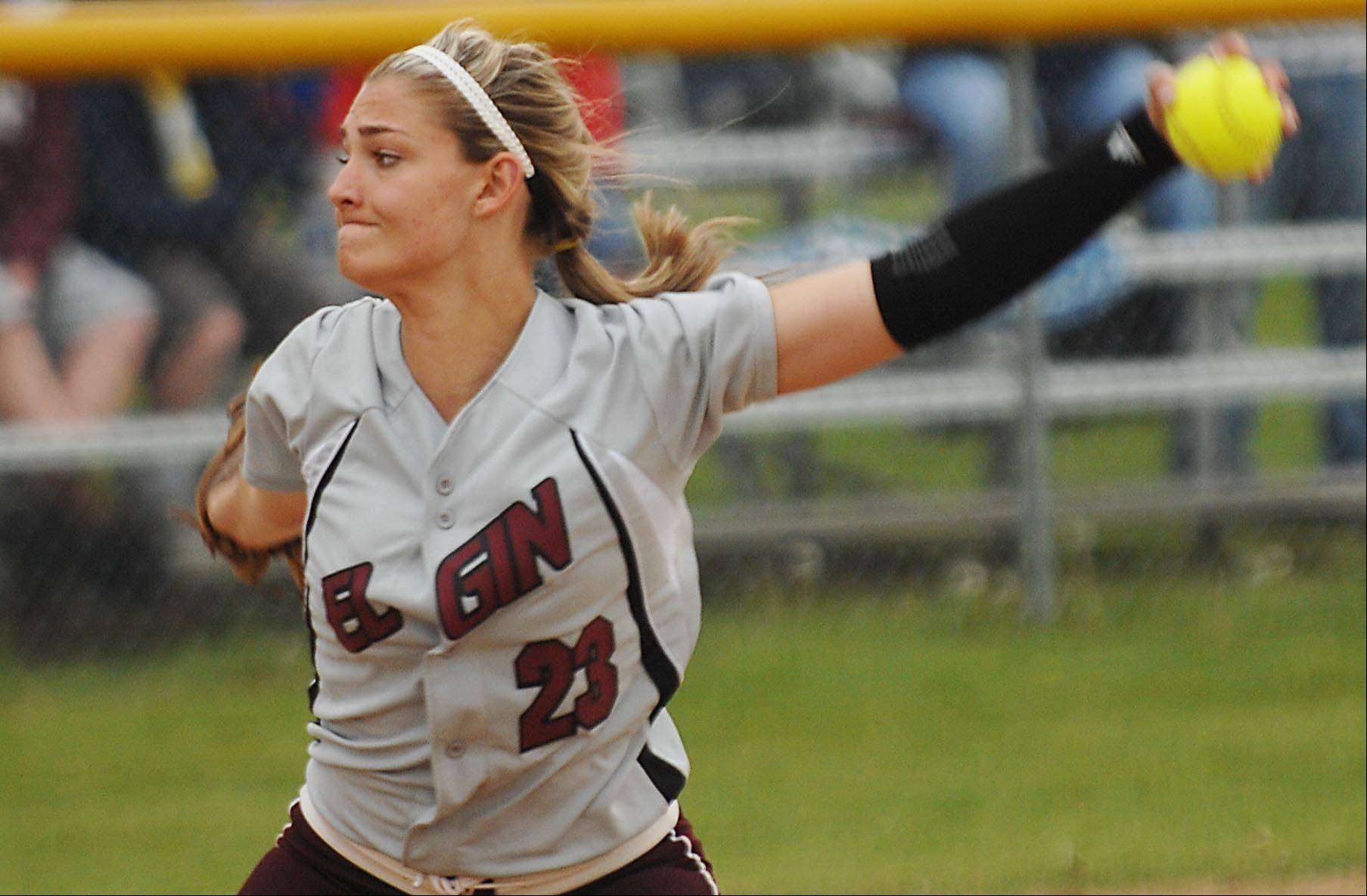 Elgin senior pitcher Hannah Perryman will lead the third-seeded Maroons into Larkin Slugfest on Saturday at the Elgin Sports Complex.