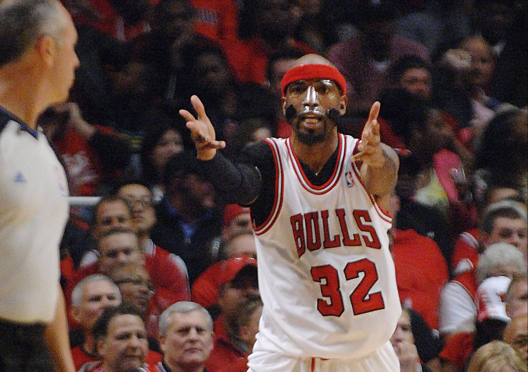 The Bulls' Richard Hamilton scored 19 points, including 11 in the first quarter Saturday in a 103-91 win over the Sixers at the United Center in Game 1 of the playoffs.