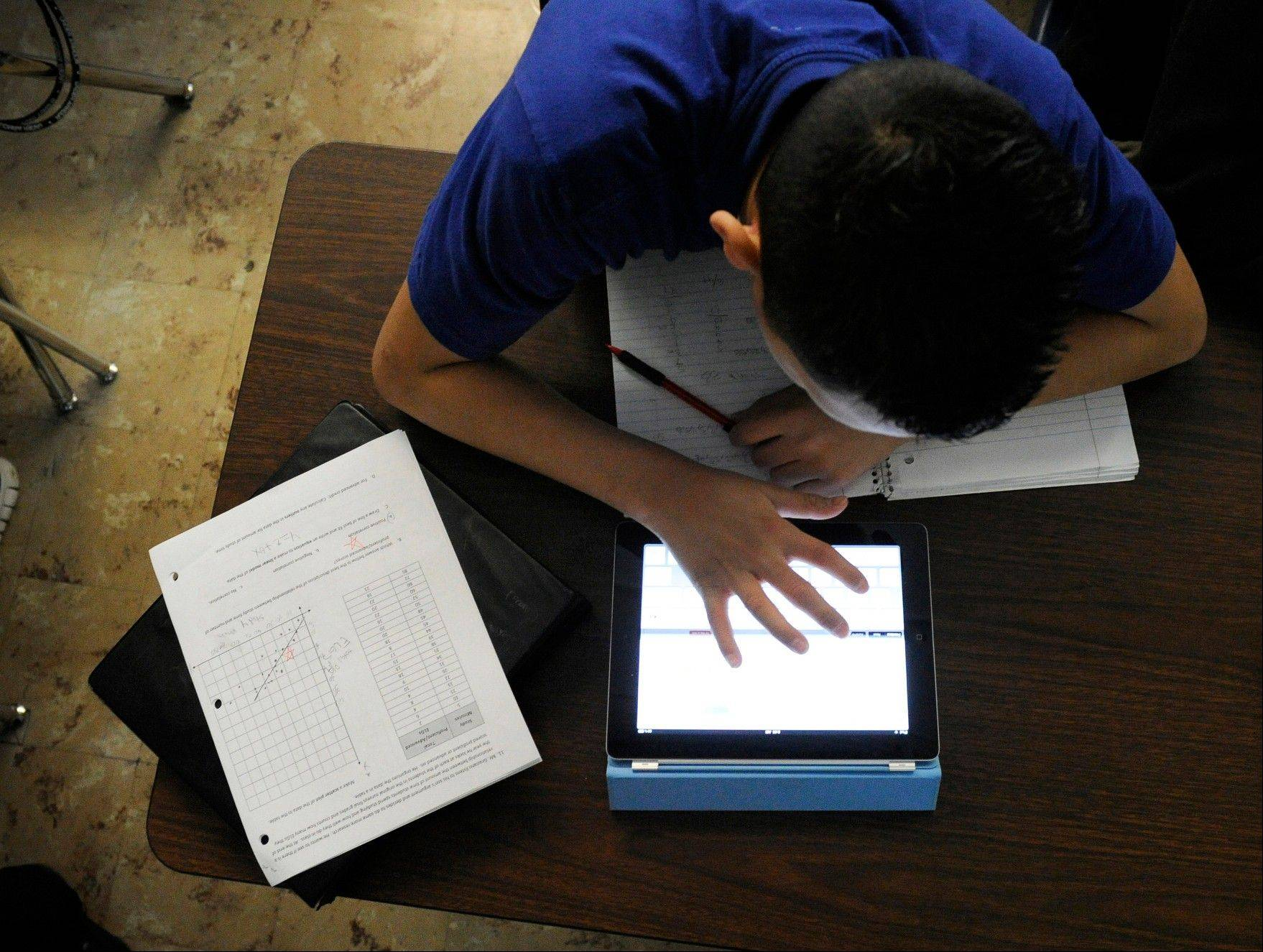 More and more students across the country are using tablet computers in their classes.