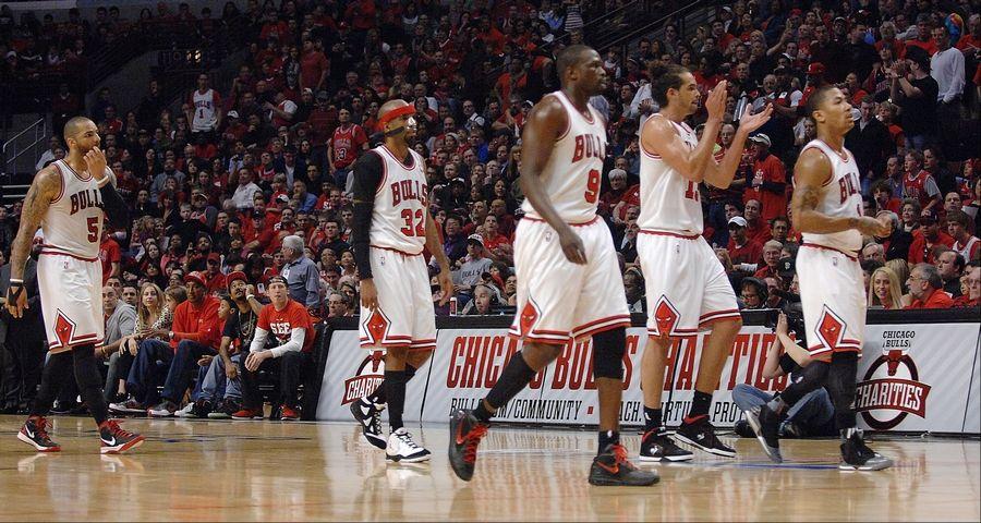098902921504 Chicago Bulls power forward Carlos Boozer