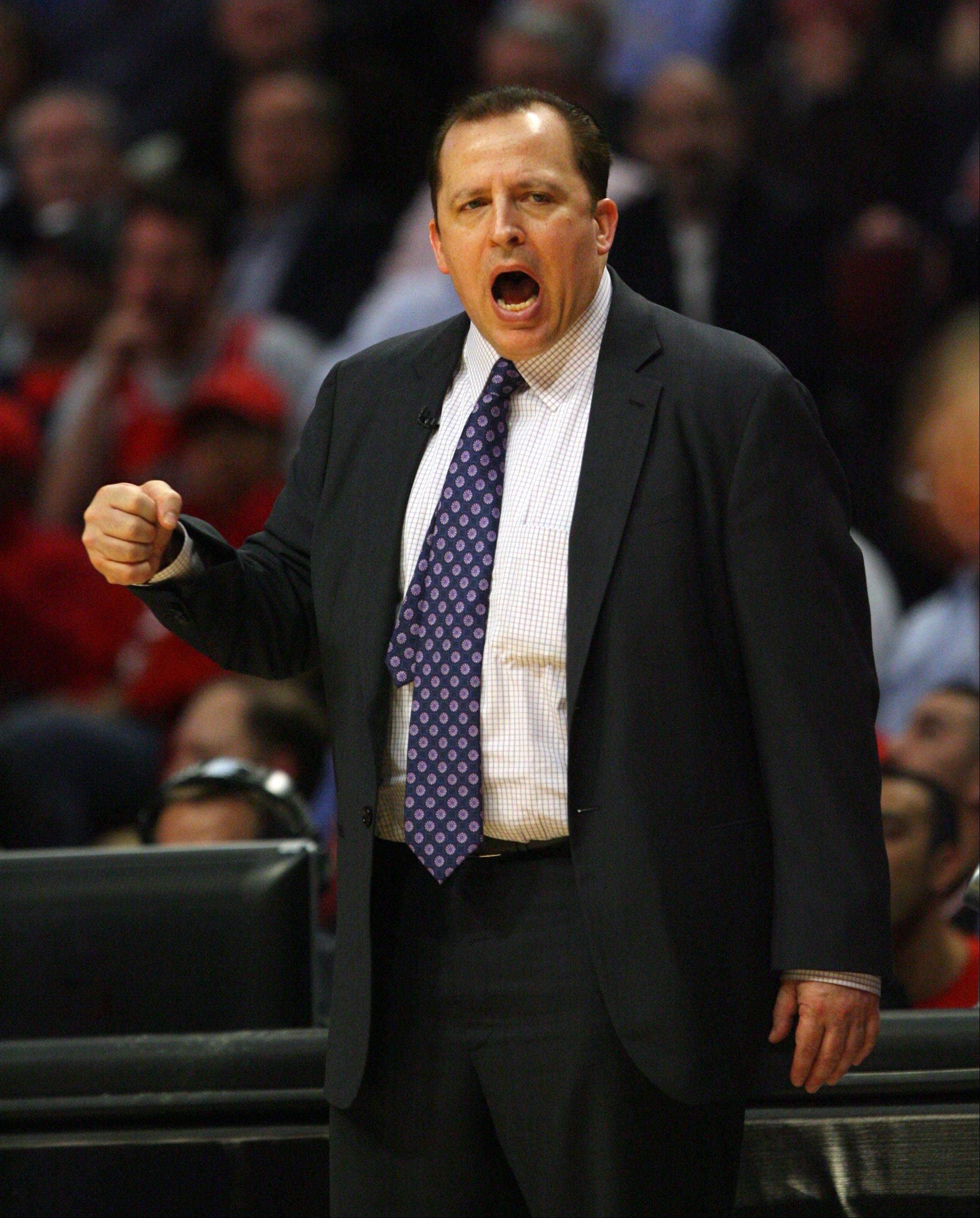 Chicago Bulls' head coach Tom Thibodeau guides his team.