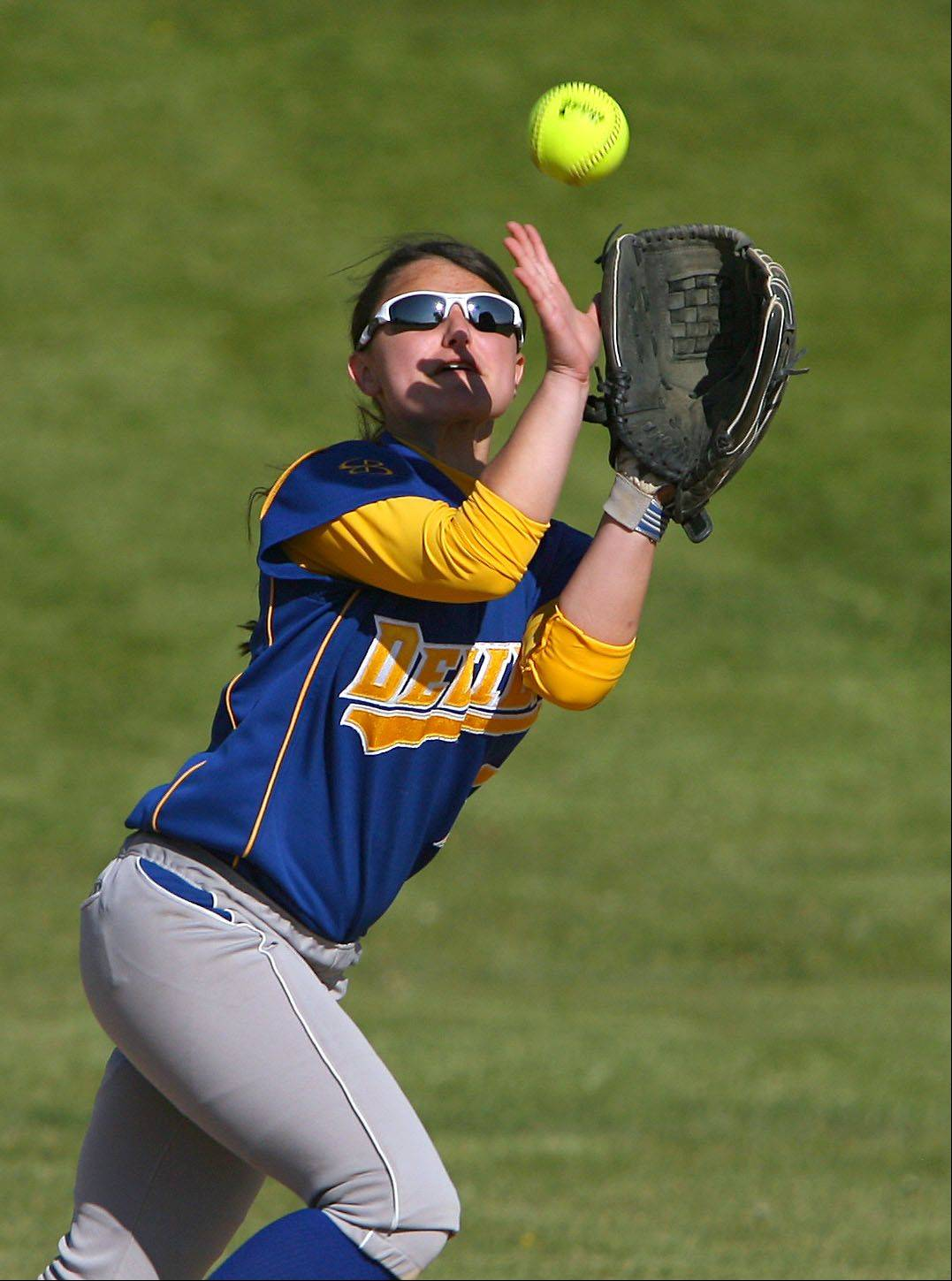 Warren's Jill Fox makes a catch in the infield during their game Tuesday at Lake Zurich High School.