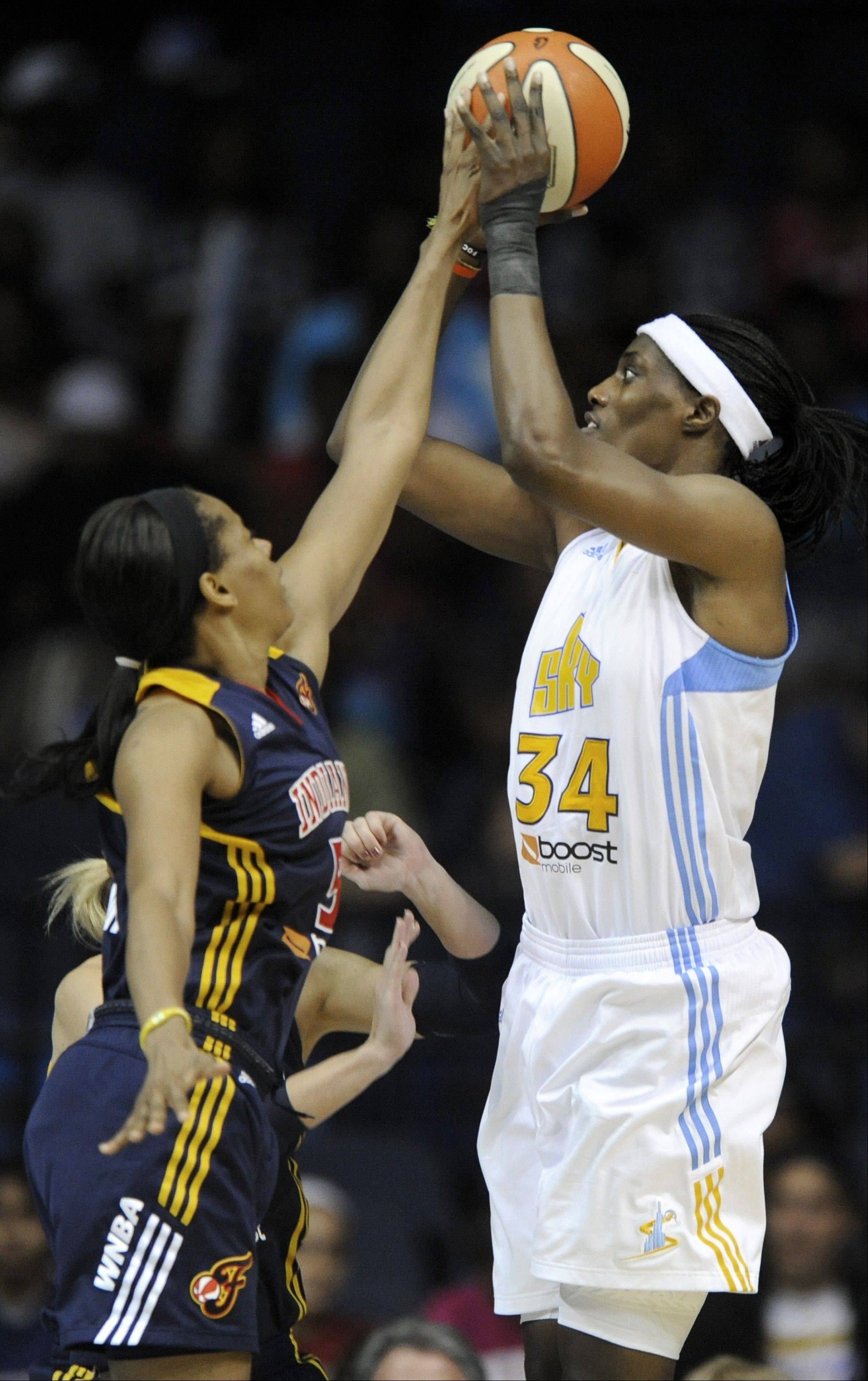 Chicago Sky center Sylvia Fowles, right, averaged 20 points and 10 rebounds last season. The Sky will play the Indiana Fever for its home opener Friday at Allstate Arena, and the team has added more veteran players in a bid to make the playoffs for the first time in franchise history.