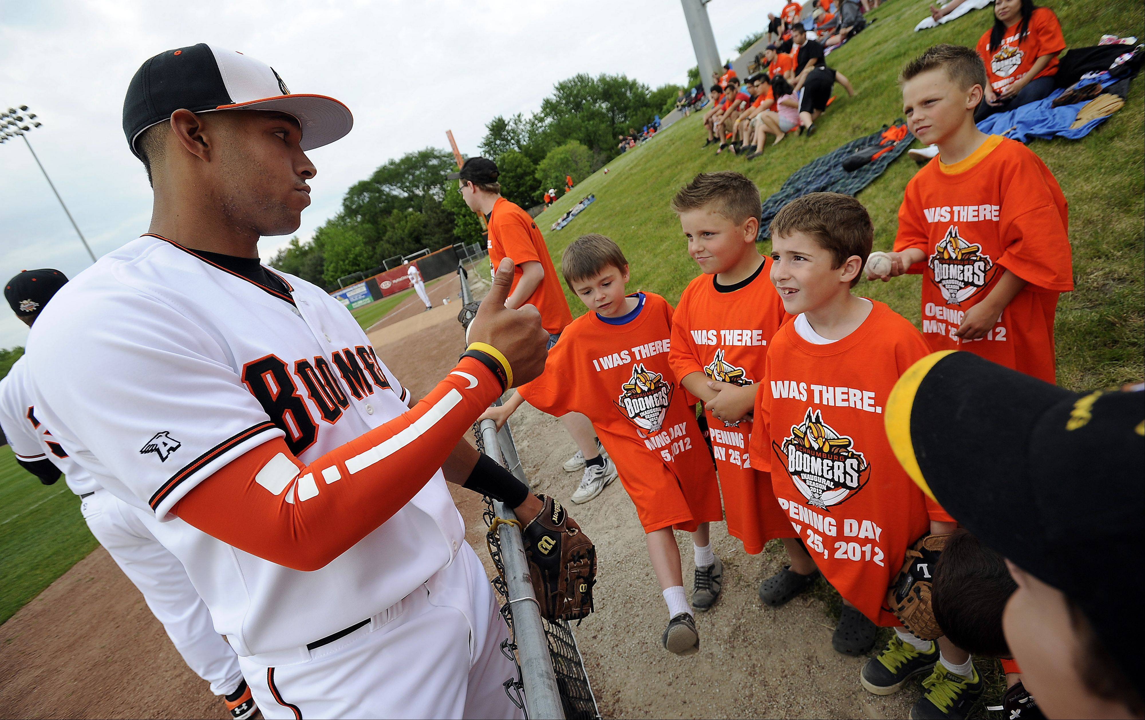 Boomers player Brandon Hairston gives a thumbs up to his fans at Boomers Stadium in Schaumburg on Friday.