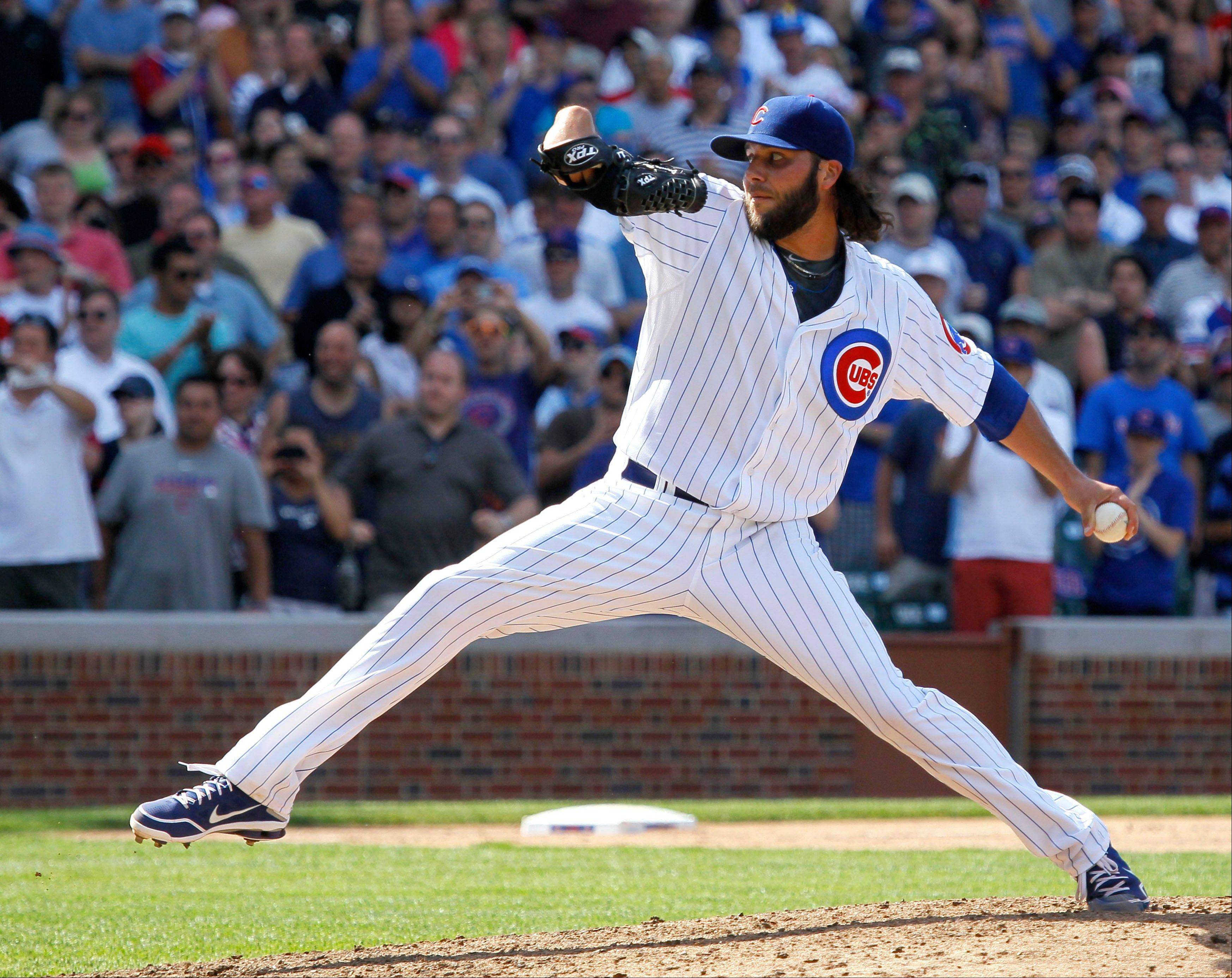 Camp, Russell deliver big outs for Cubs