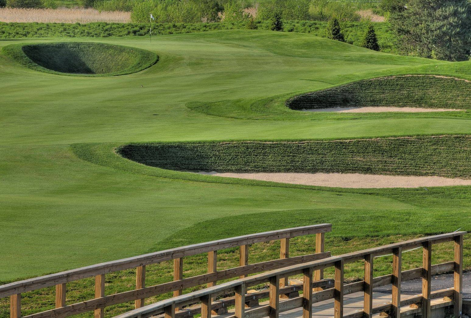Mistwood's sod bunkers offer unique perspective