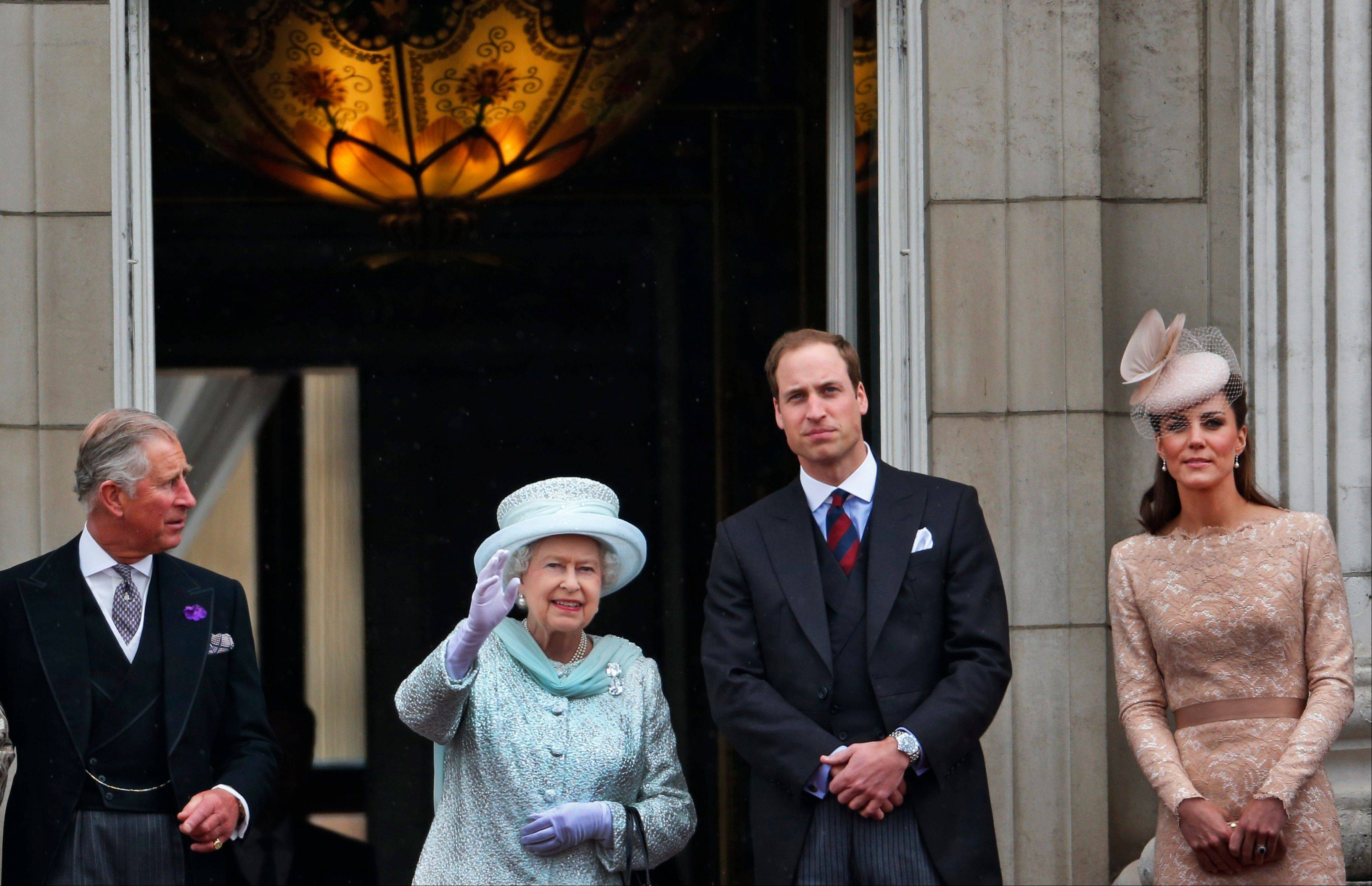 Britain's Queen Elizabeth II, 2nd left, Prince Charles, left, and Prince William, and Kate, Duchess of Cambridge appear on the balcony of Buckingham Palace in central London, Tuesday, June 5, 2012, to conclude the four-day Diamond Jubilee celebrations to mark the 60th anniversary of the Queen's accession to the throne.
