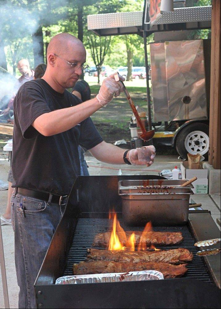Barbecue contest adds flavor to RiverFest